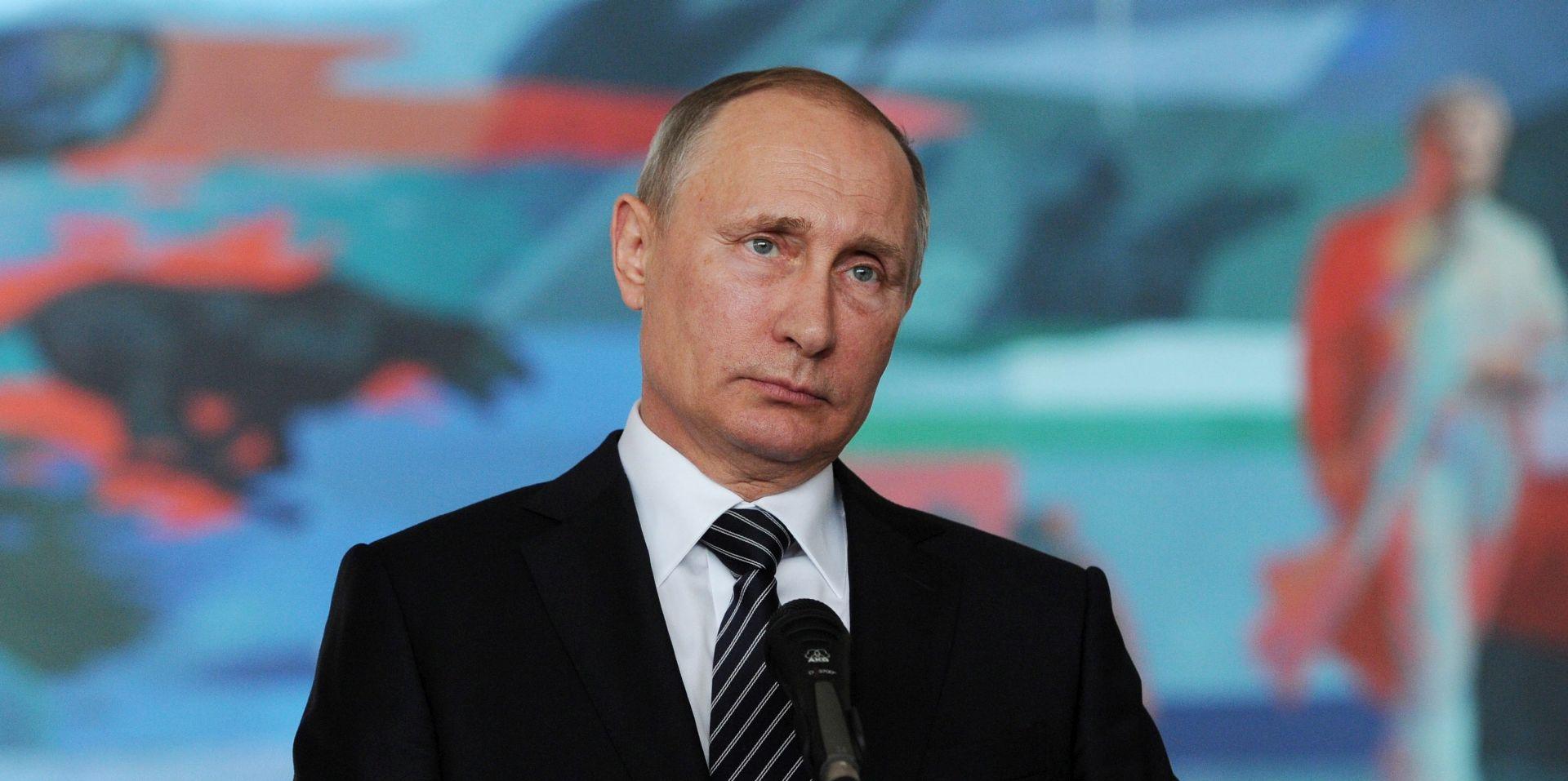 Putin optužio Francusku da se poigrava s rezolucijom o Siriji
