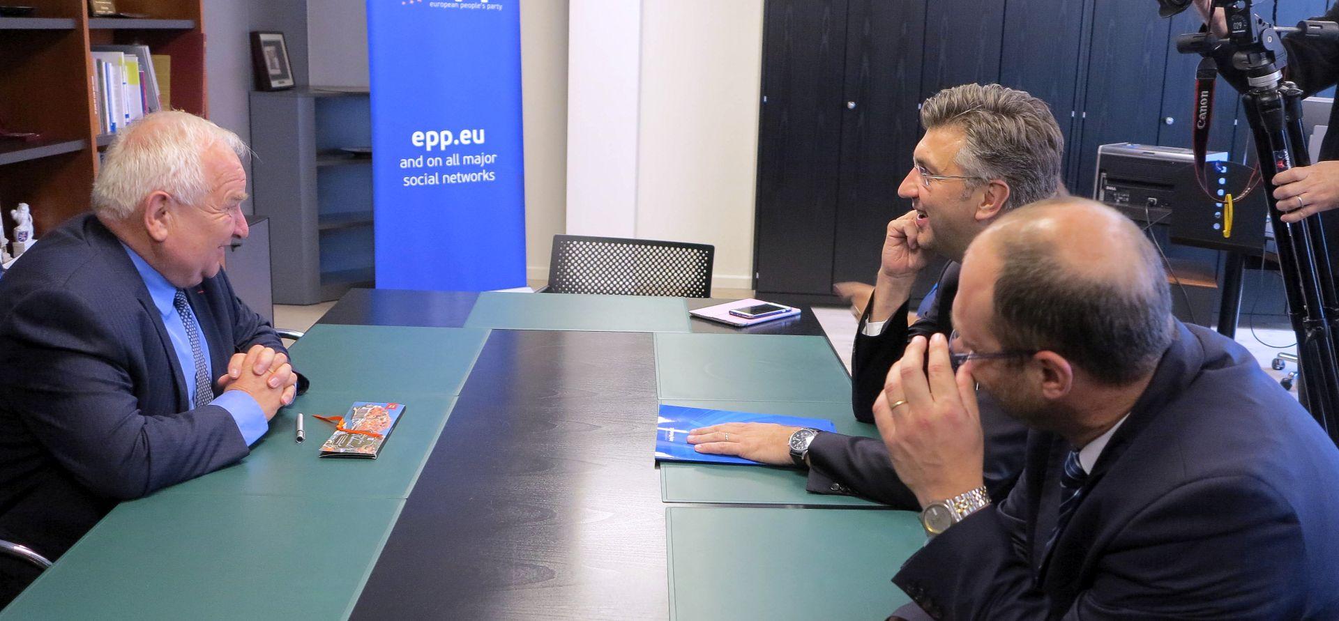 Plenkoviću čestitao predsjednik Europske pučke stranke