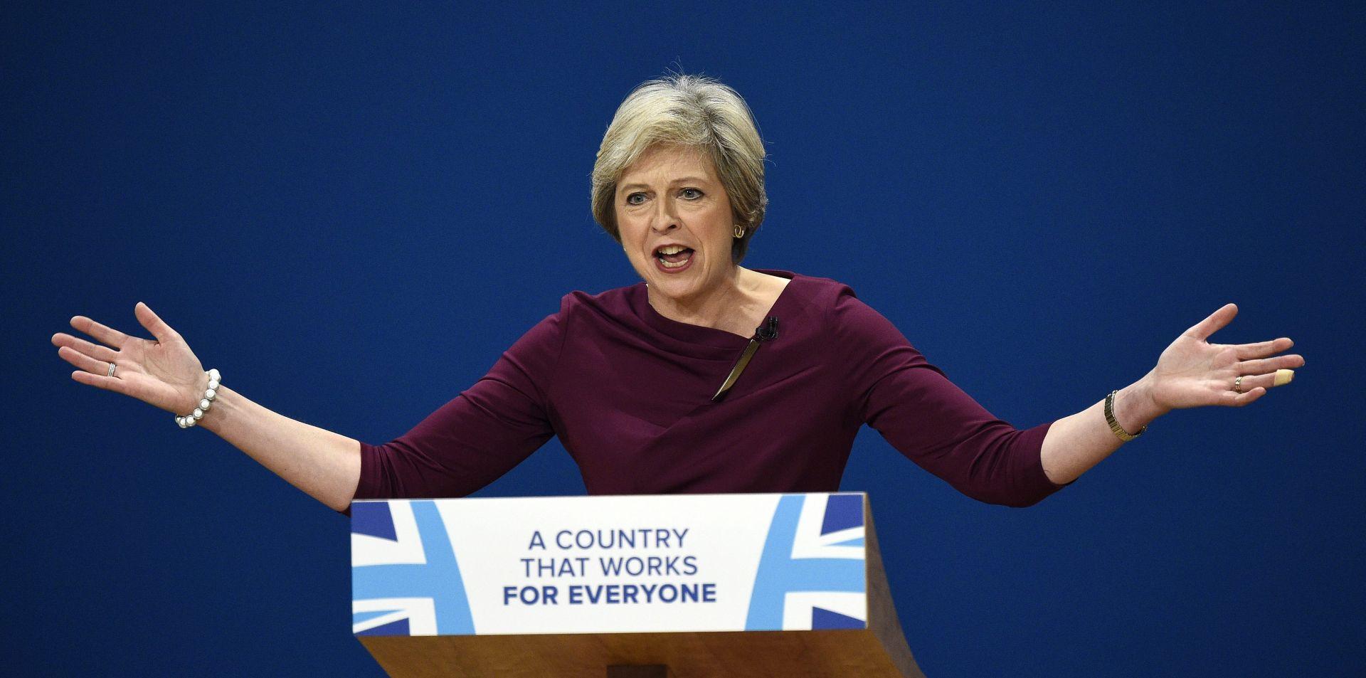 May očekuje da će građani EU-a i Britanije zadržati prava nakon Brexita