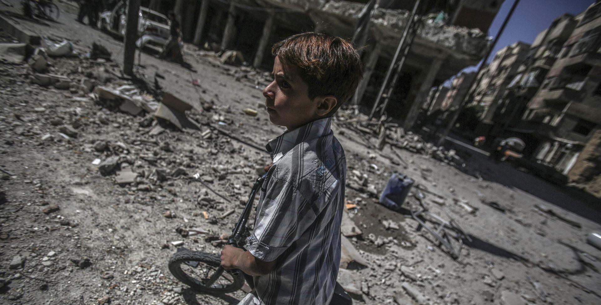 SIRIJA Najmanje 20 pobunjeničkih boraca ubijeno u bombaškom napadu