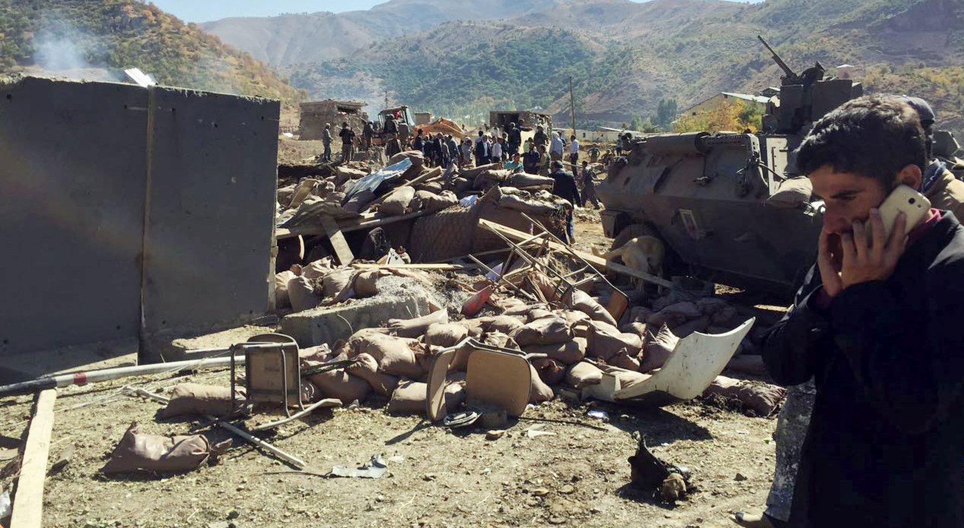 U napadu autobombom na jugoistoku Turske 17 mrtvih