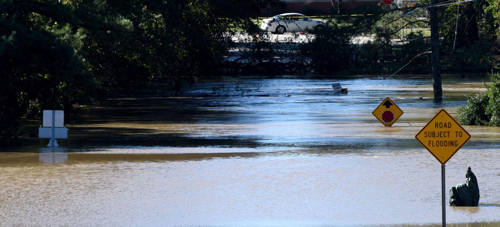 Velike poplave u Sjevernoj Karolini nakon uragana Matthewa