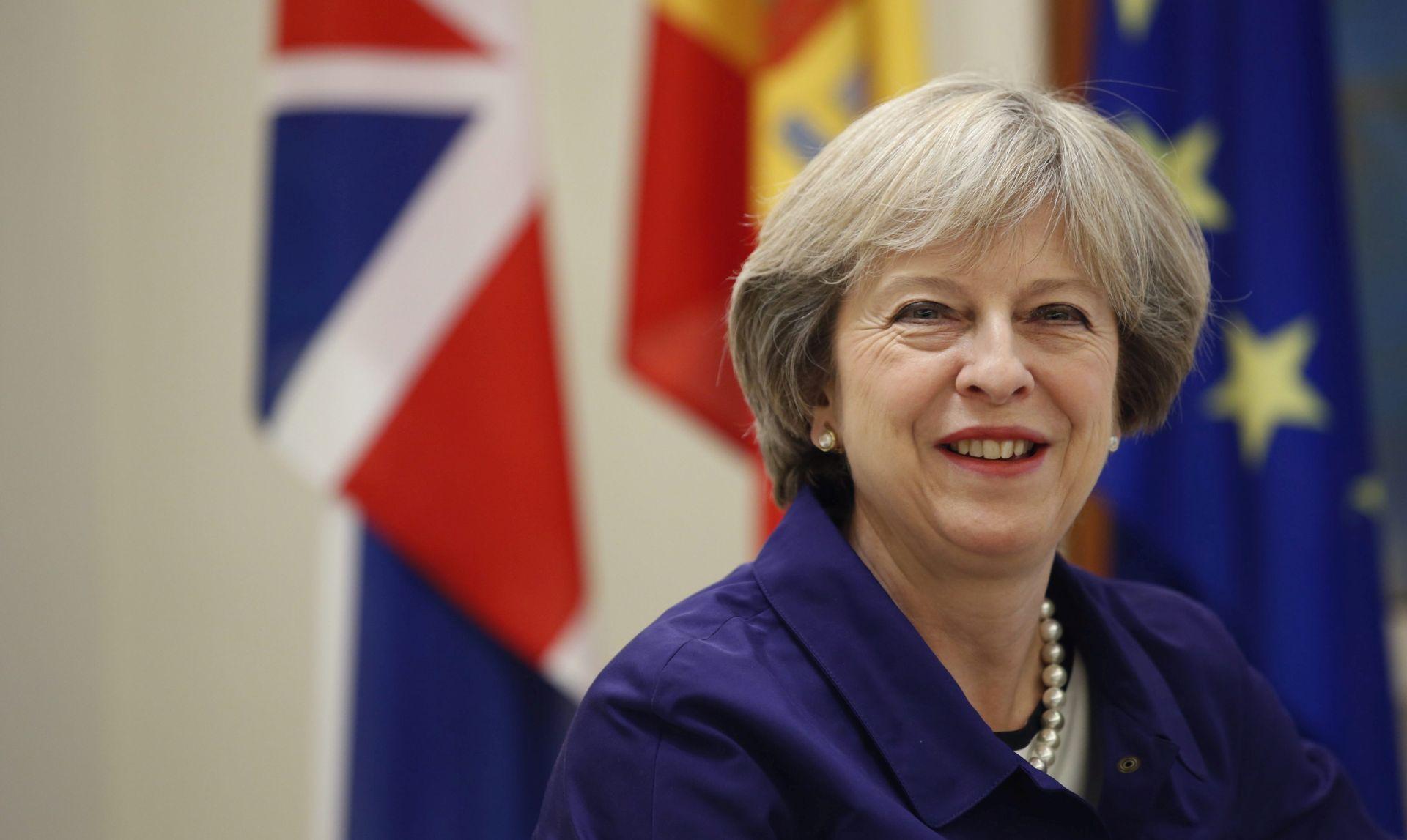 VIDEO: Theresa May u službenom posjetu Sjedinjenim Američkim Državama