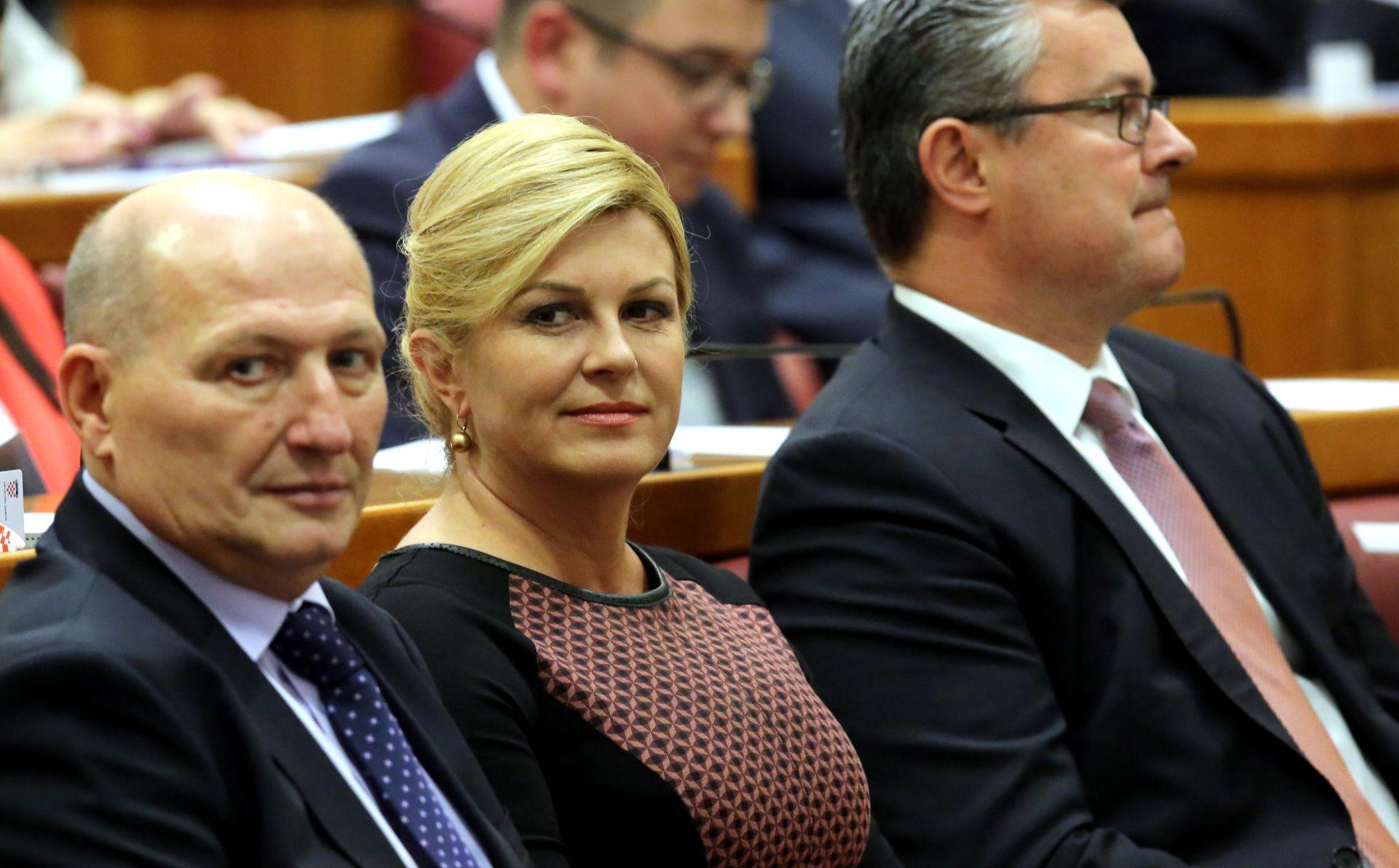 Grabar-Kitarović u Sisku: Zauzeti jedinstveno stajalište u odnosima s MOL-om