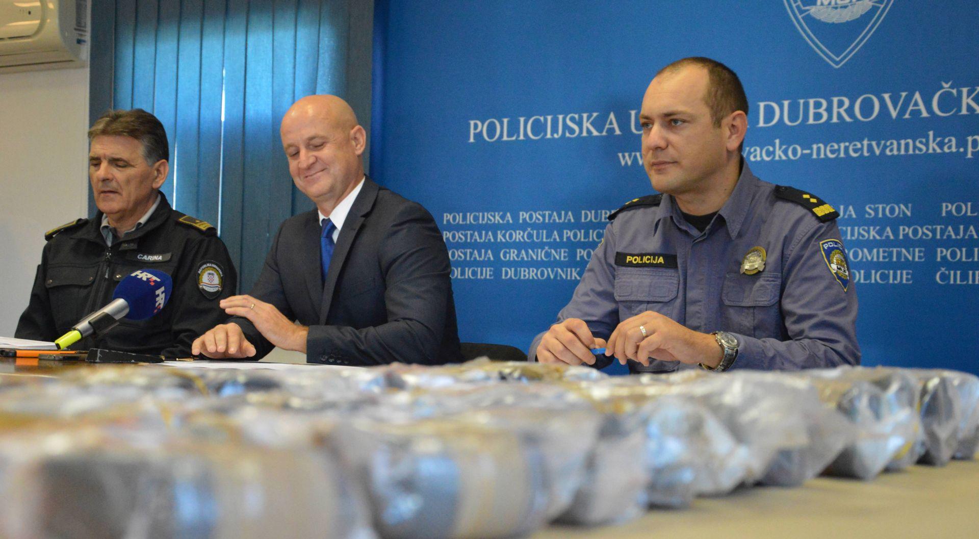 Na Karasovićima zaplijenjeno gotovo deset kilograma heroina