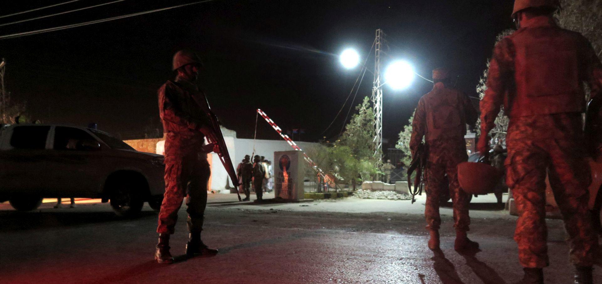 PAKISTAN Trojica militanata upala u policijsku akademiju – najmanje 58 mrtvih, više od 100 ozlijeđenih