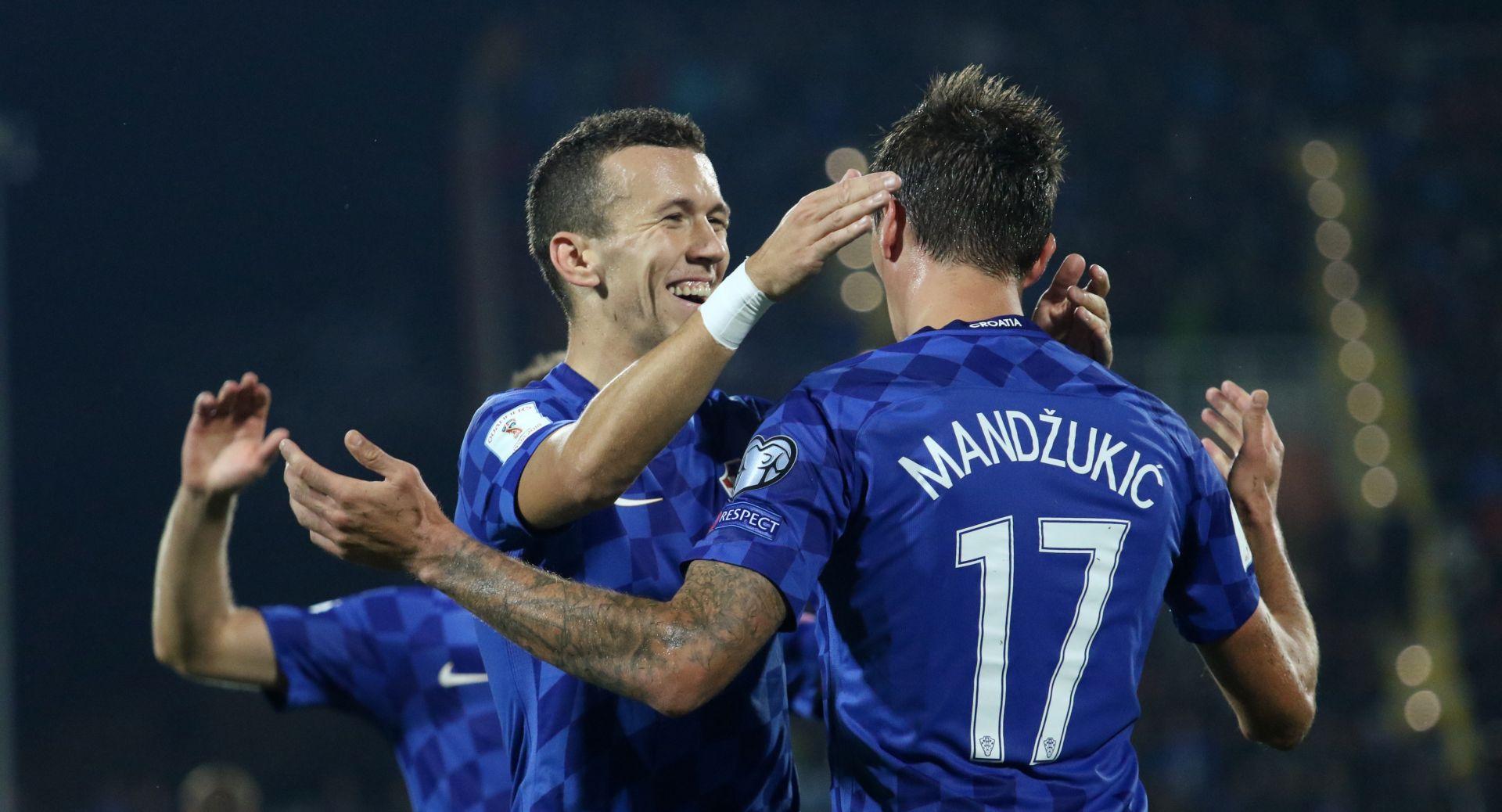 ZADATAK OBAVLJEN Hrvatska slavila u Finskoj, kapetan Mandžukić donio nova tri boda