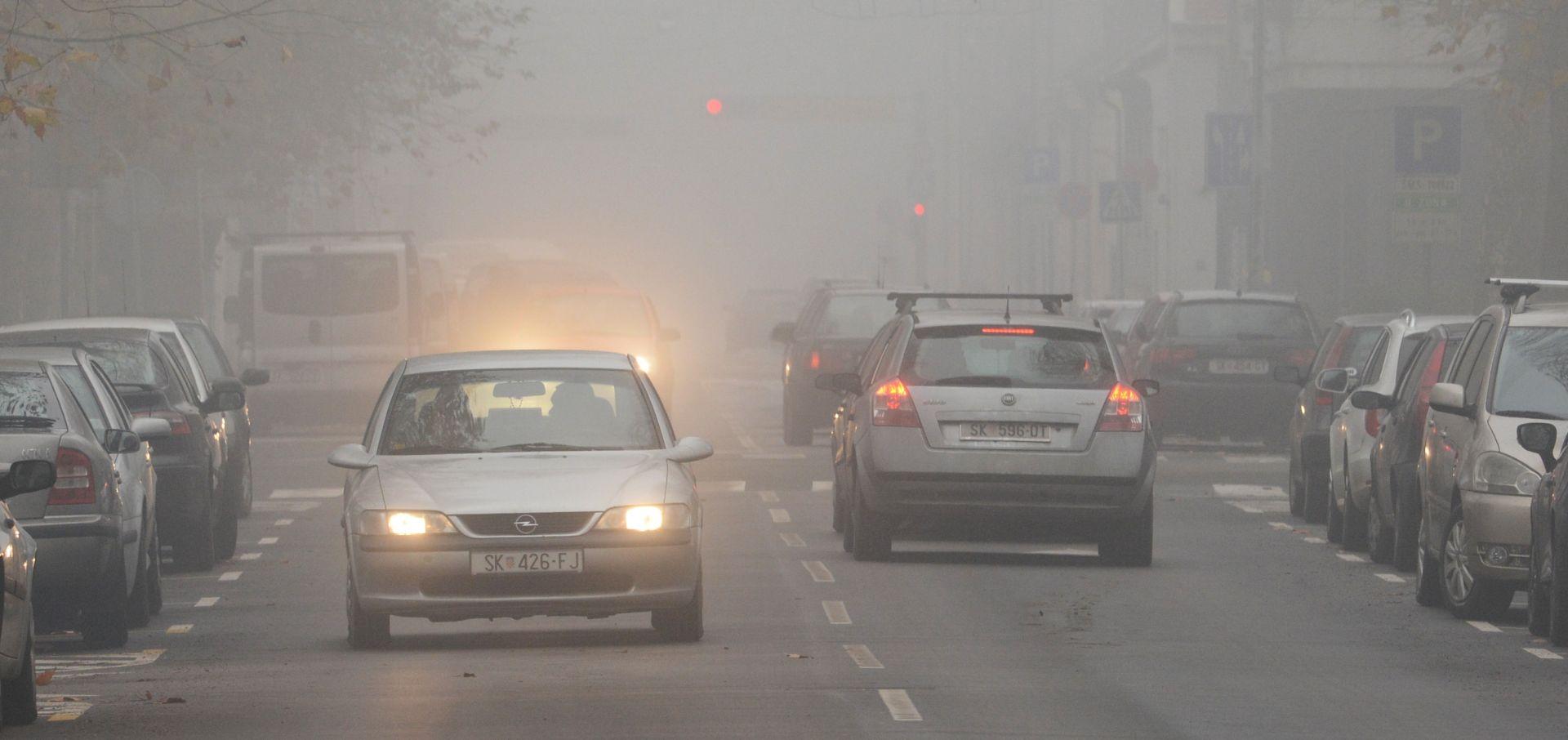 HAK Kolnici mokri i sliski, magla u Lici i središnjoj Hrvatskoj