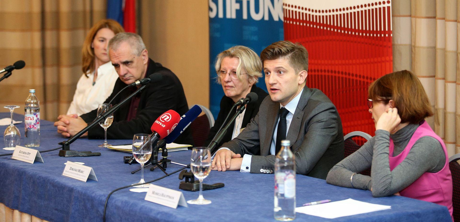 ZDRAVKO MARIĆ 'Porezna reforma u središtu fiskalne politike'