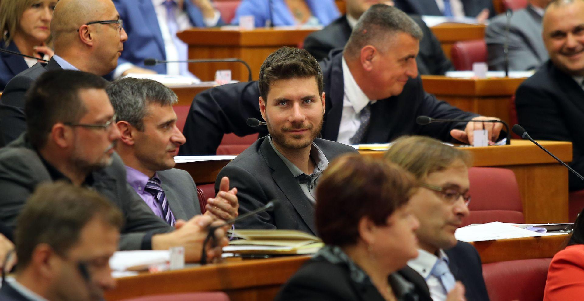 """IVAN PERNAR """"Petrov je licemjer, ovo je cirkus u kojem je dozvoljeno sve osim kritike vlasti"""""""