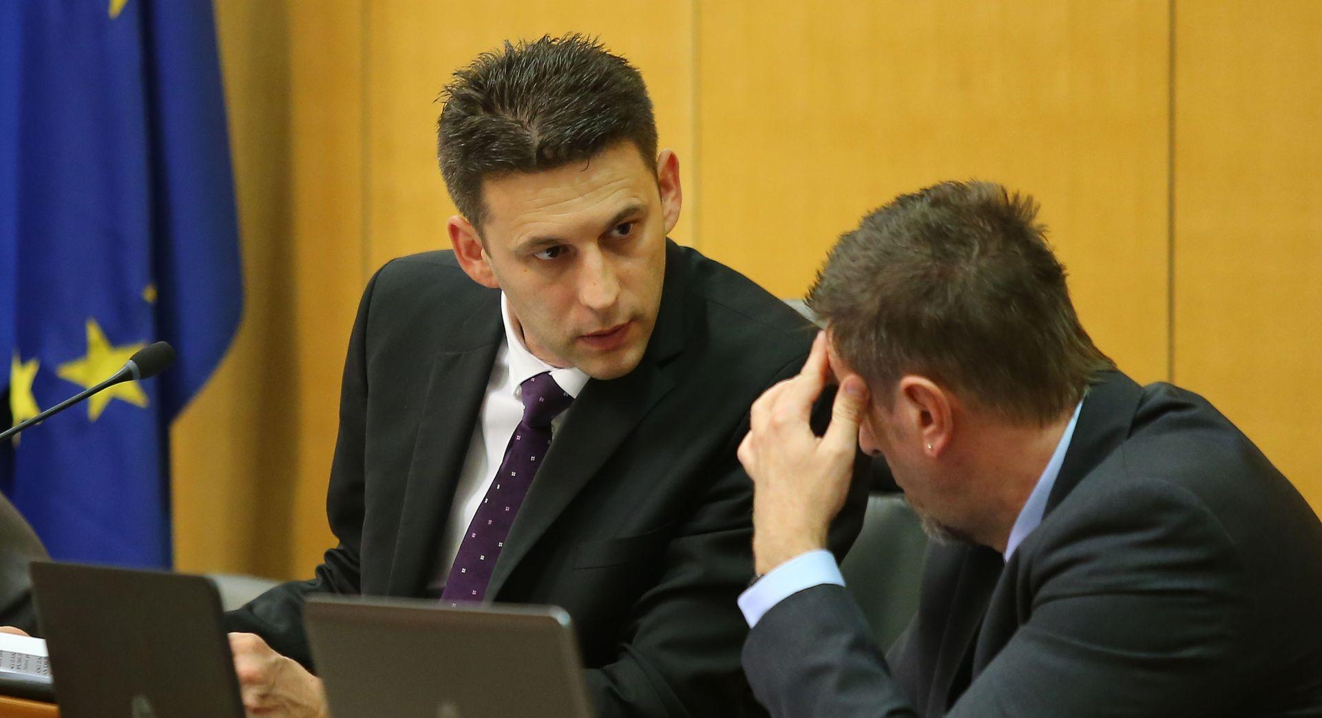 """BOŽO PETROV """"Dobrović, Šprlje, Orepić i Kovačić kandidati za Mostove ministre u Vladi"""""""
