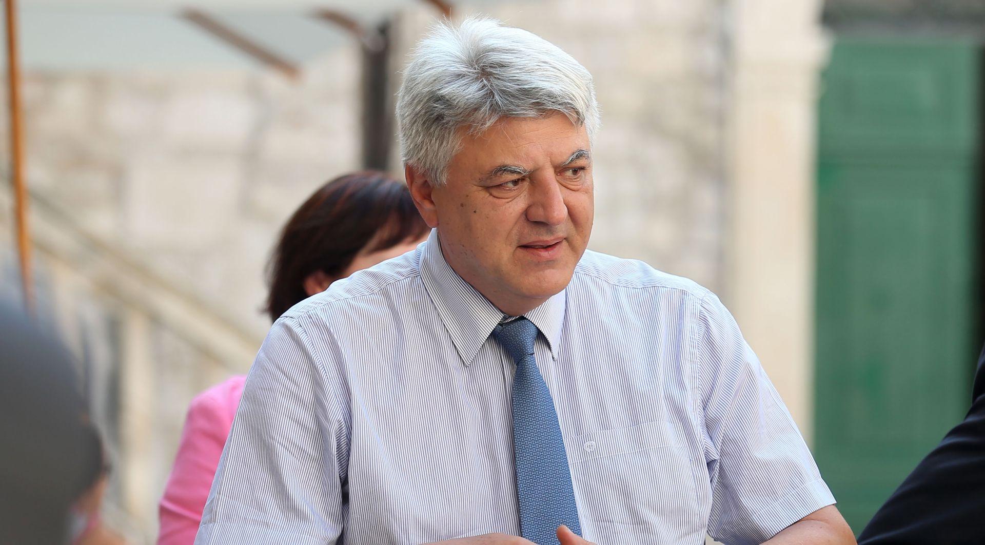 "KOMADINA ""SDP prolazi tek kad se HDZ strašno izblamira"""
