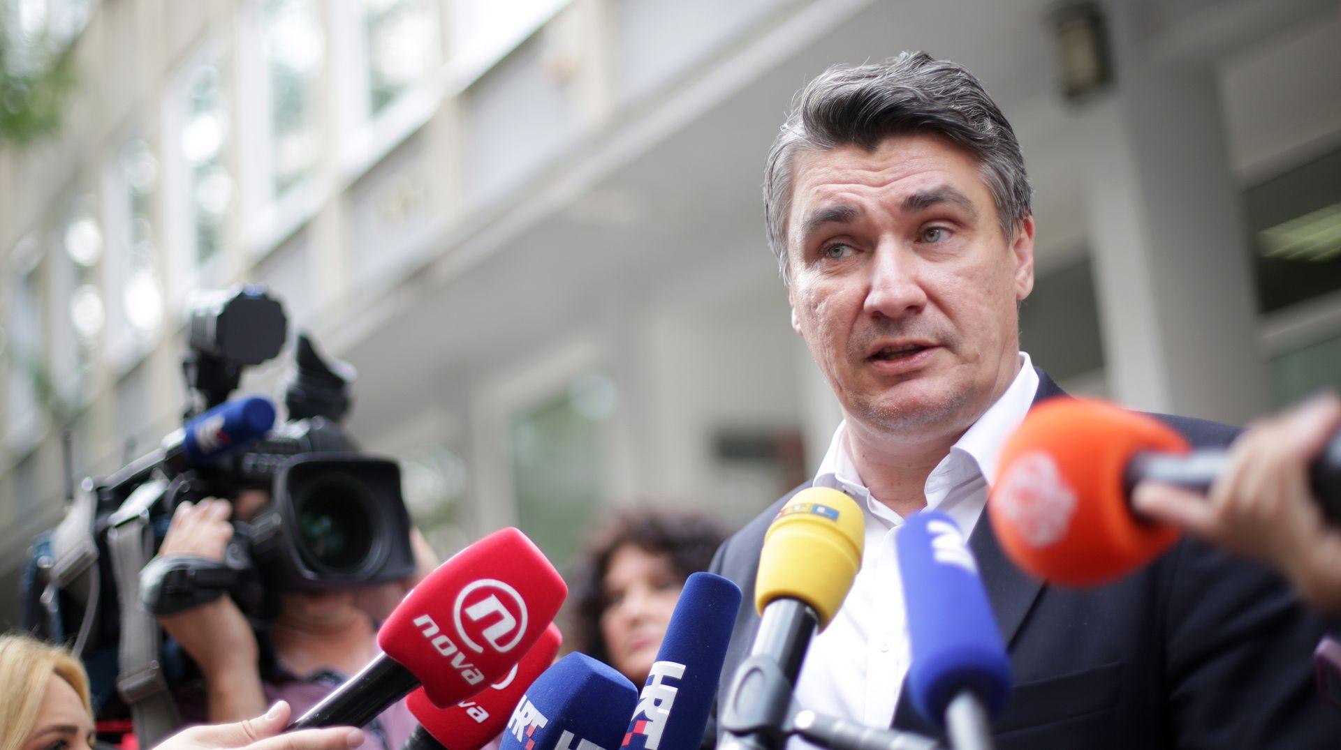 Milanović traži novi posao i navikava se na život bez vozača i zaštite