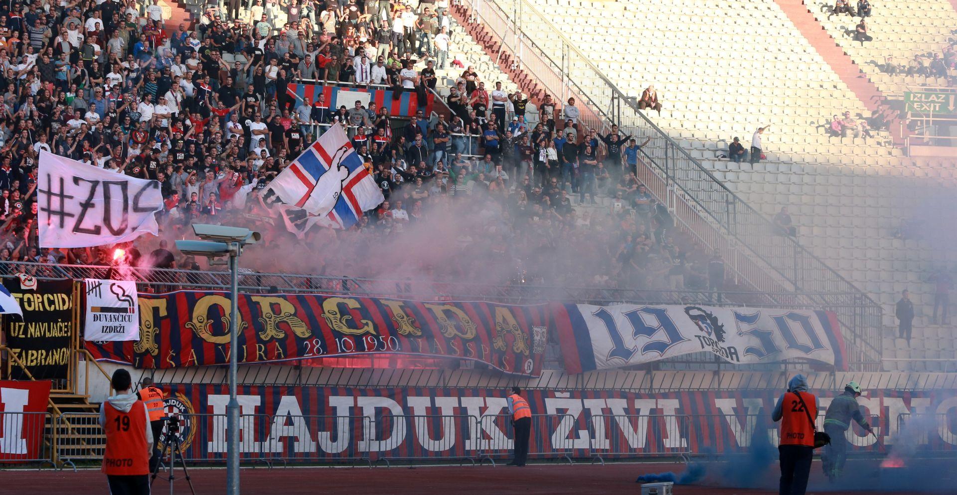 BAKLJE I NEPRIMJERENO SKANDIRANJE Disciplinski sudac kaznio Hajduk sa 50 tisuća kuna