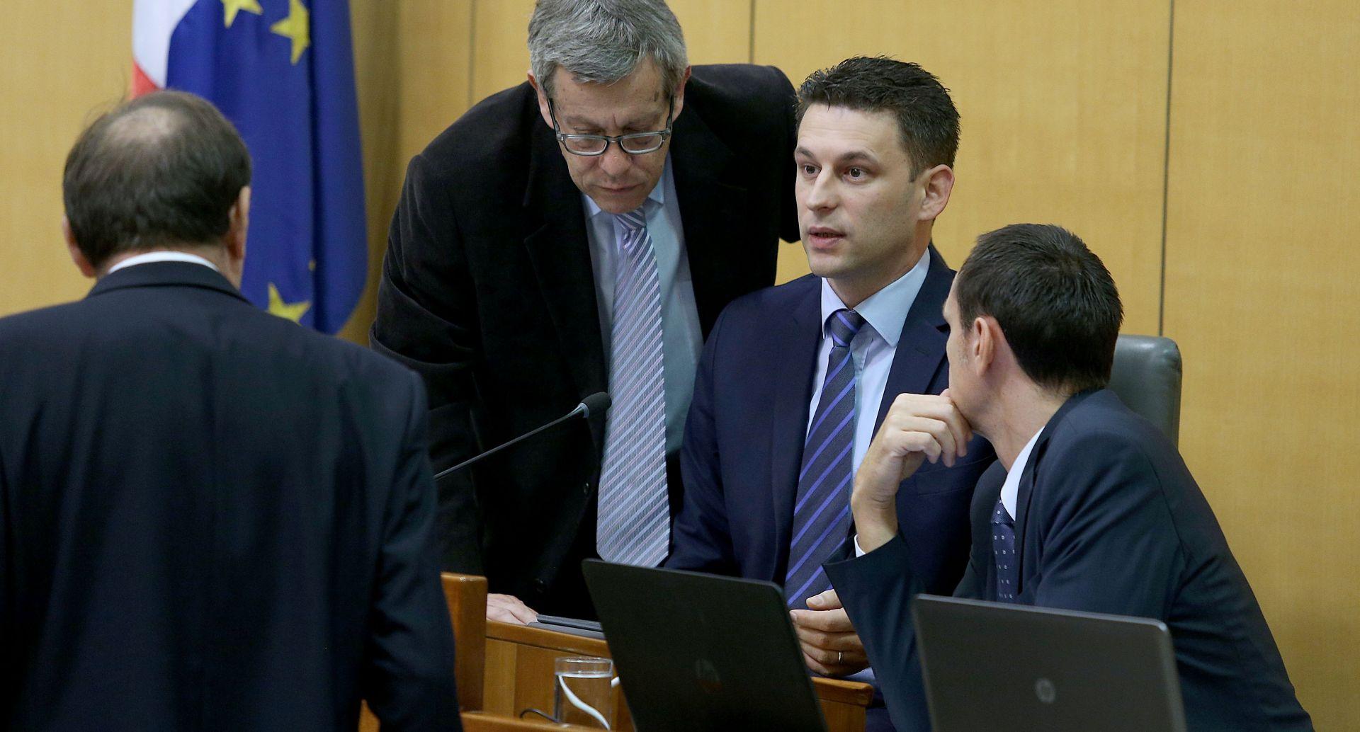 BOŽO PETROV 'Ako se HDZ ne bude držao dogovora, nemamo što raditi u Vladi'