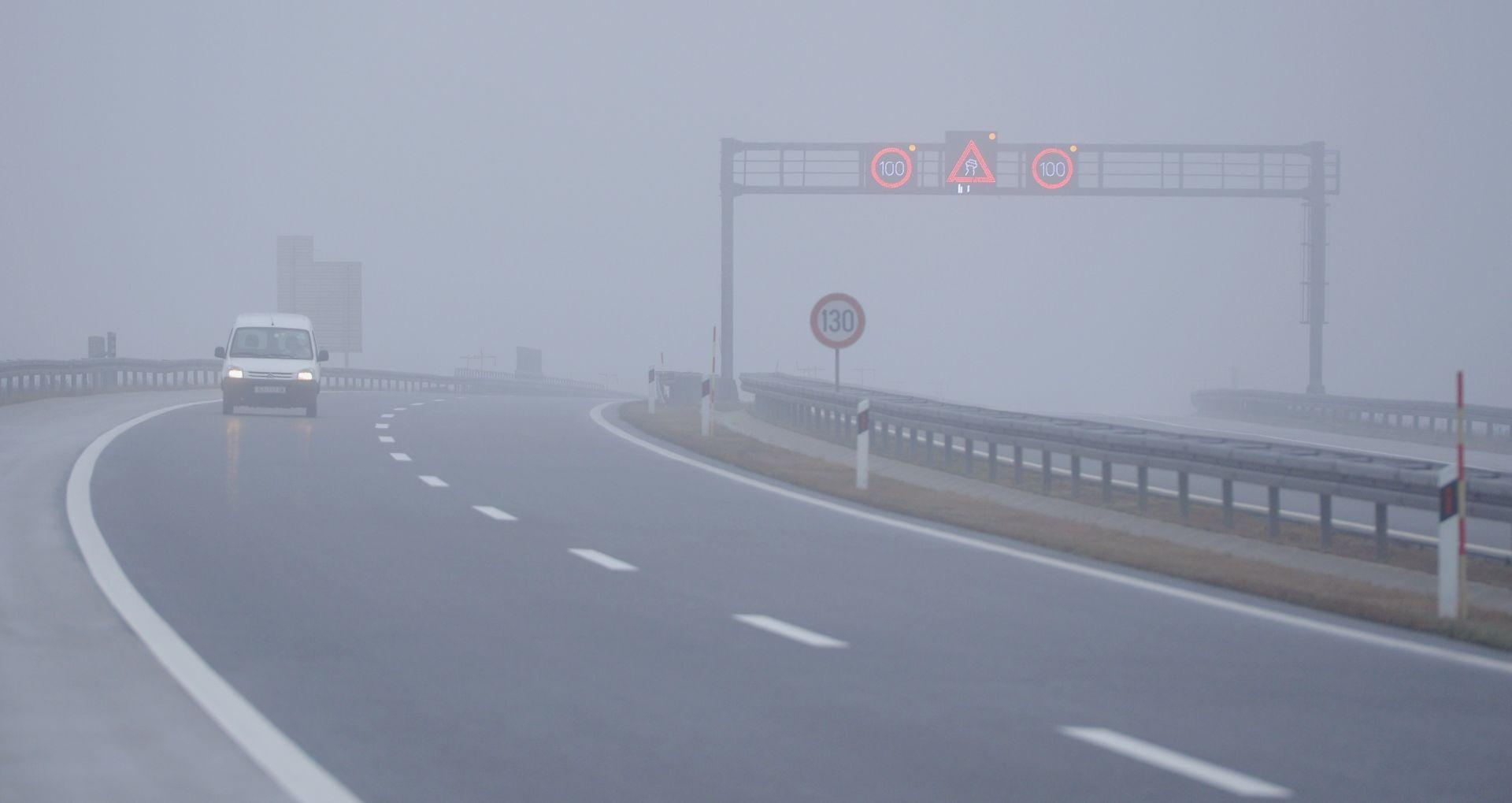 HAK Kolnici skliski i mokri, jak vjetar na A6, magla smanjuje vidljivost