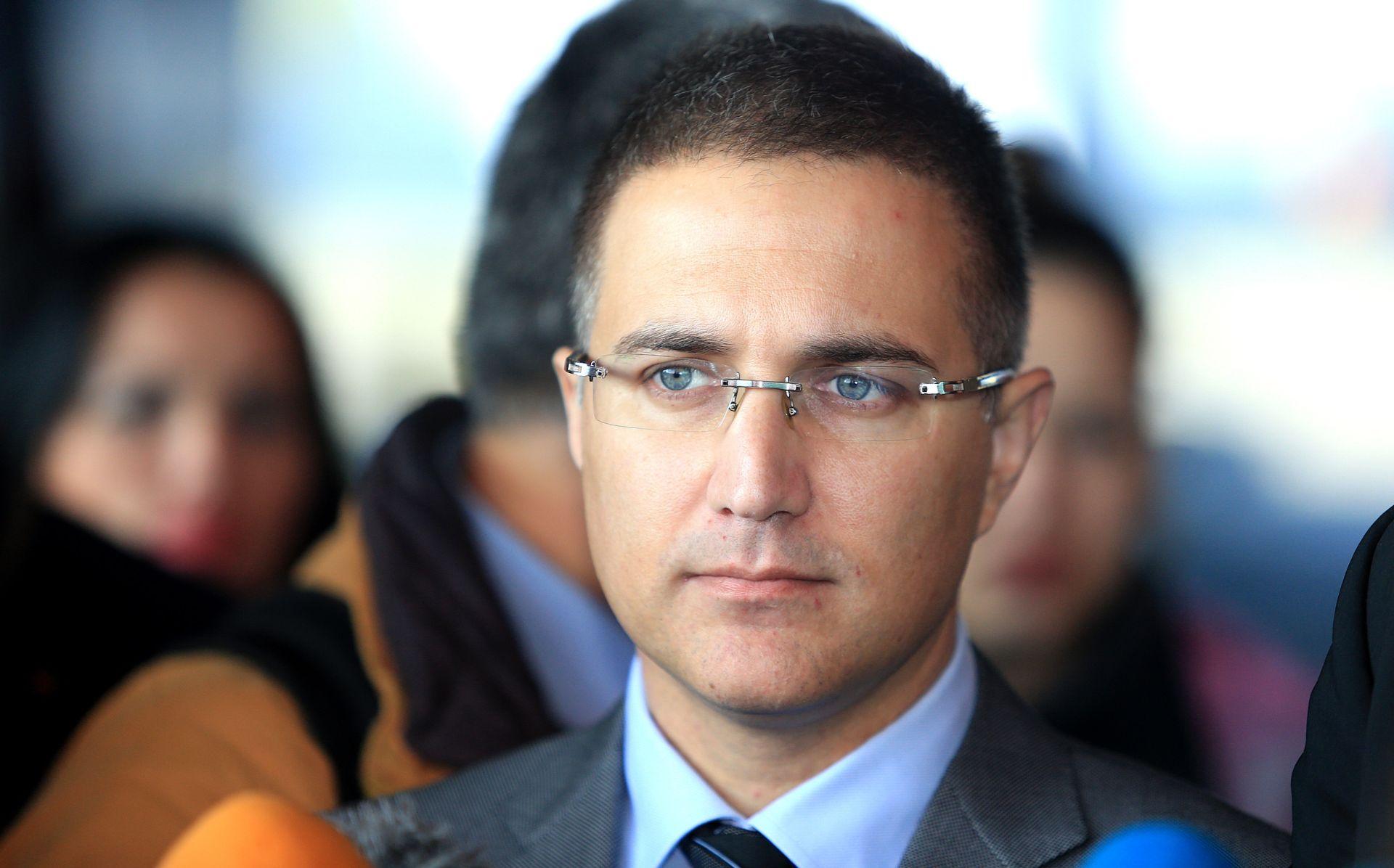 Srbijanski ministar Stefanović objavio rat mafiji i najavio čistke u policiji