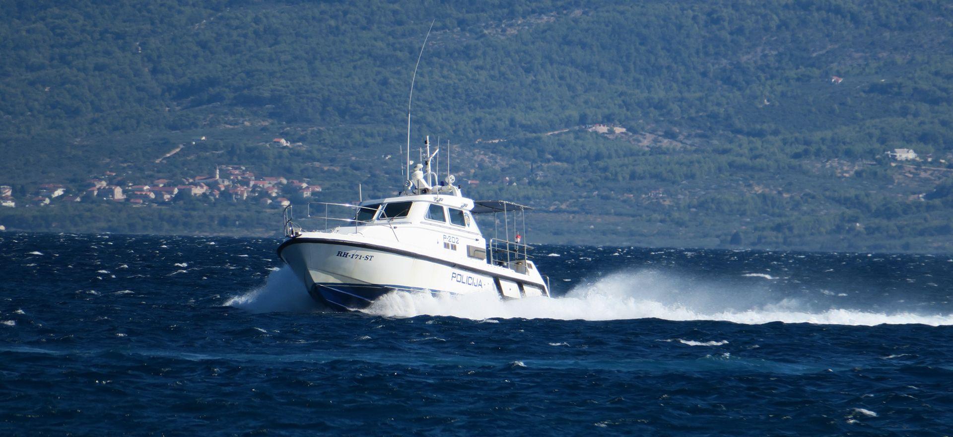 Pokazne vježbe zaštite morske granice MUP-a, MORH-a i Frontexa u Splitu