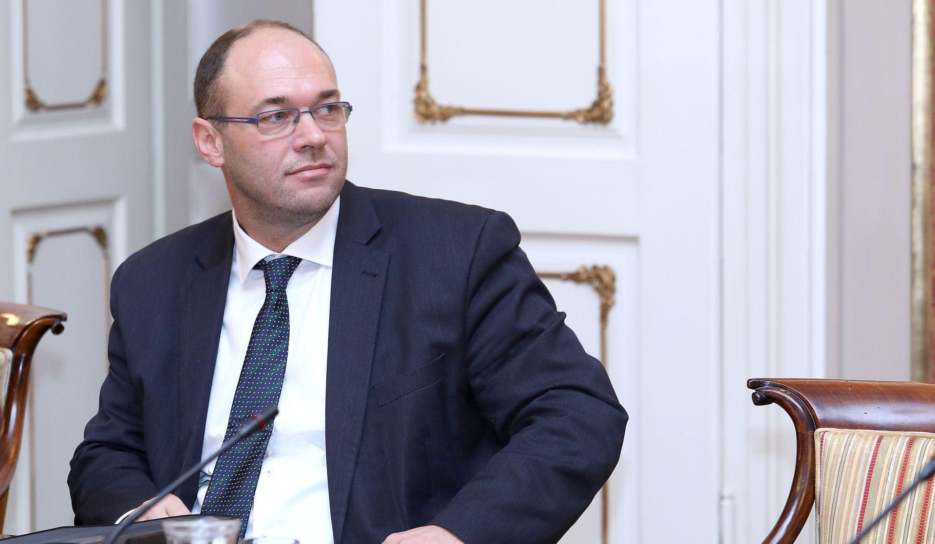 Stier najavio premijerov odlazak u BiH