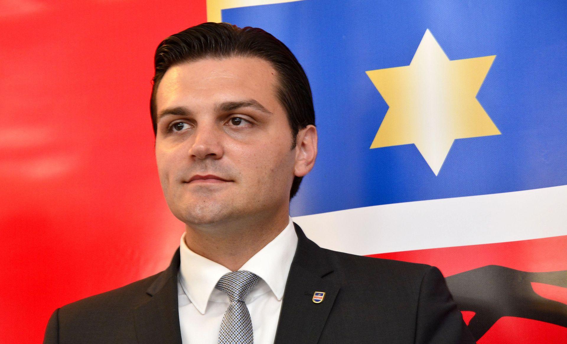 Vulin pozvao članstvo HDSSB-a da se ne dijeli, a suspendirane da se vrate u okvir stranke