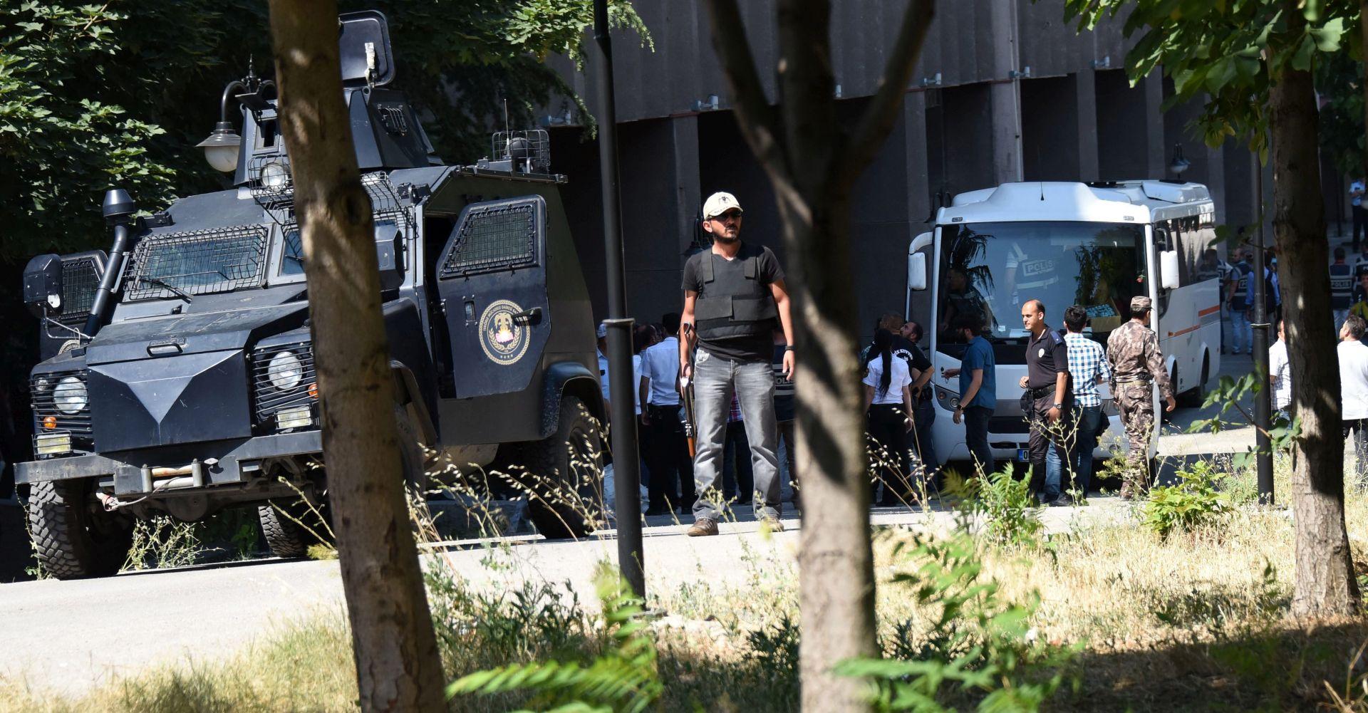 AKTIVIRALI AUTOBOMBU: Kod Ankare se raznijelo dvoje napadača samoubojica