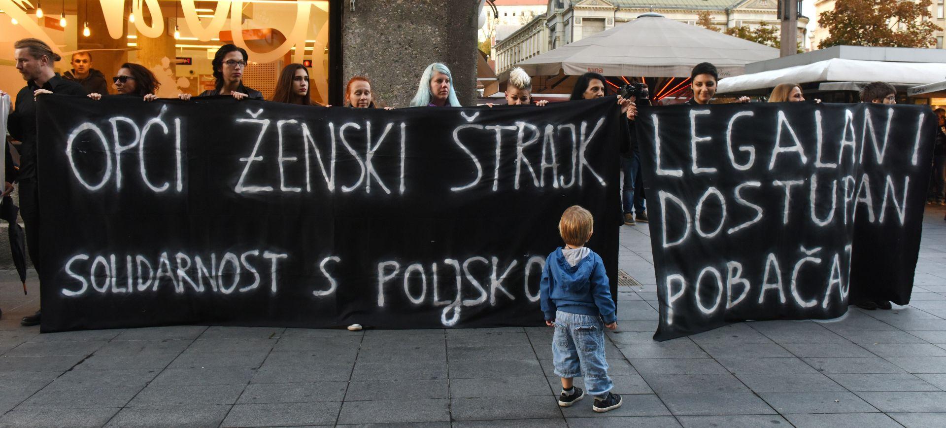 PROTIV ZAKONA O ZABRANI ABORTUSA: Zagrepčanke izašle i dale potporu Poljakinjama
