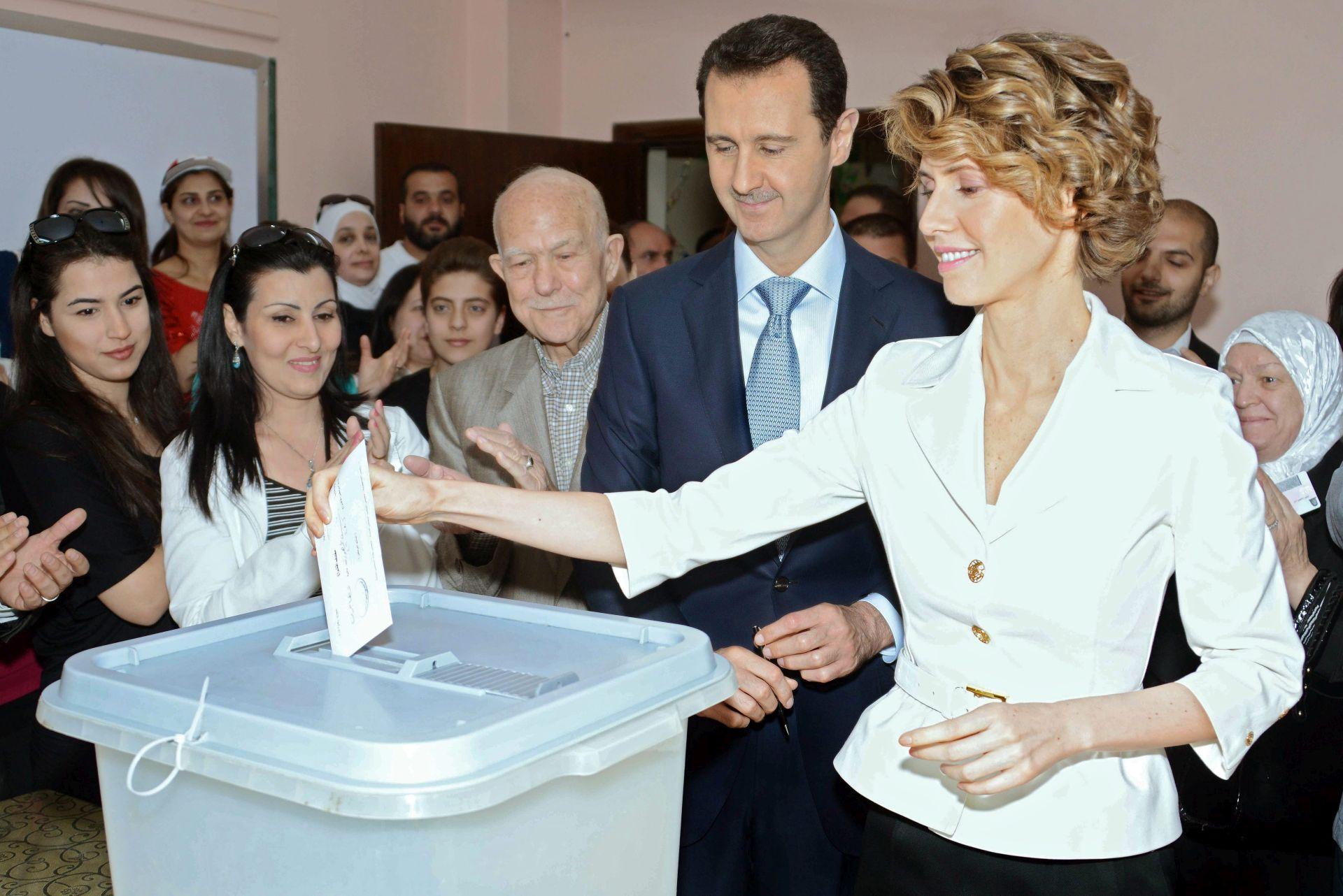 SUKOBI U SIRIJI: Asma al-Asad više puta odbacila ponude da napusti zemlju