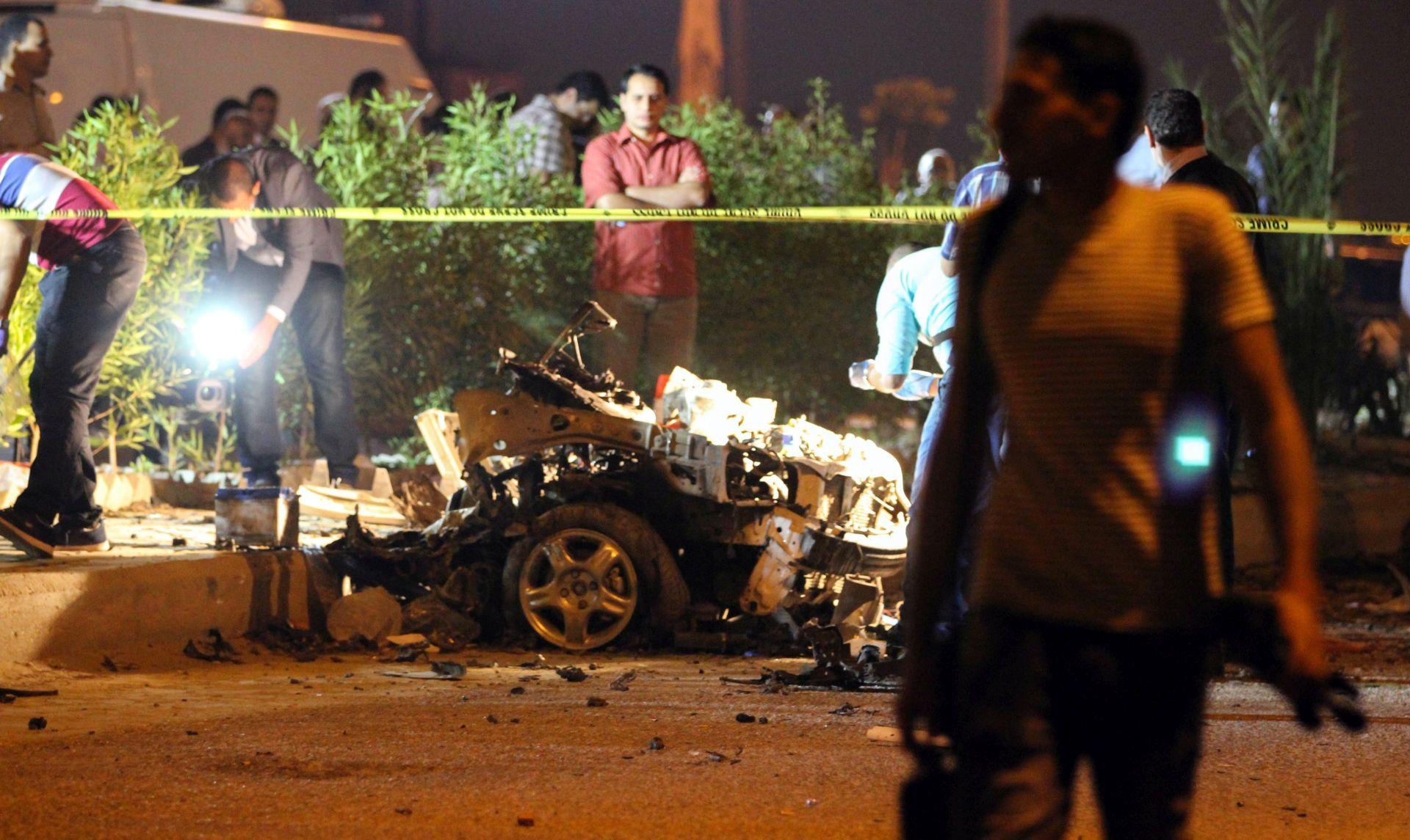 NAPAD IS-a: Na egipatskom Sinaju ubijeno 12 pripadnika sigurnosnih snaga