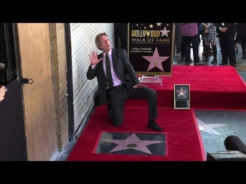 VIDEO: Hugh Laurie dobio zvijezdu na Hollywoodskom šetalištu slavnih