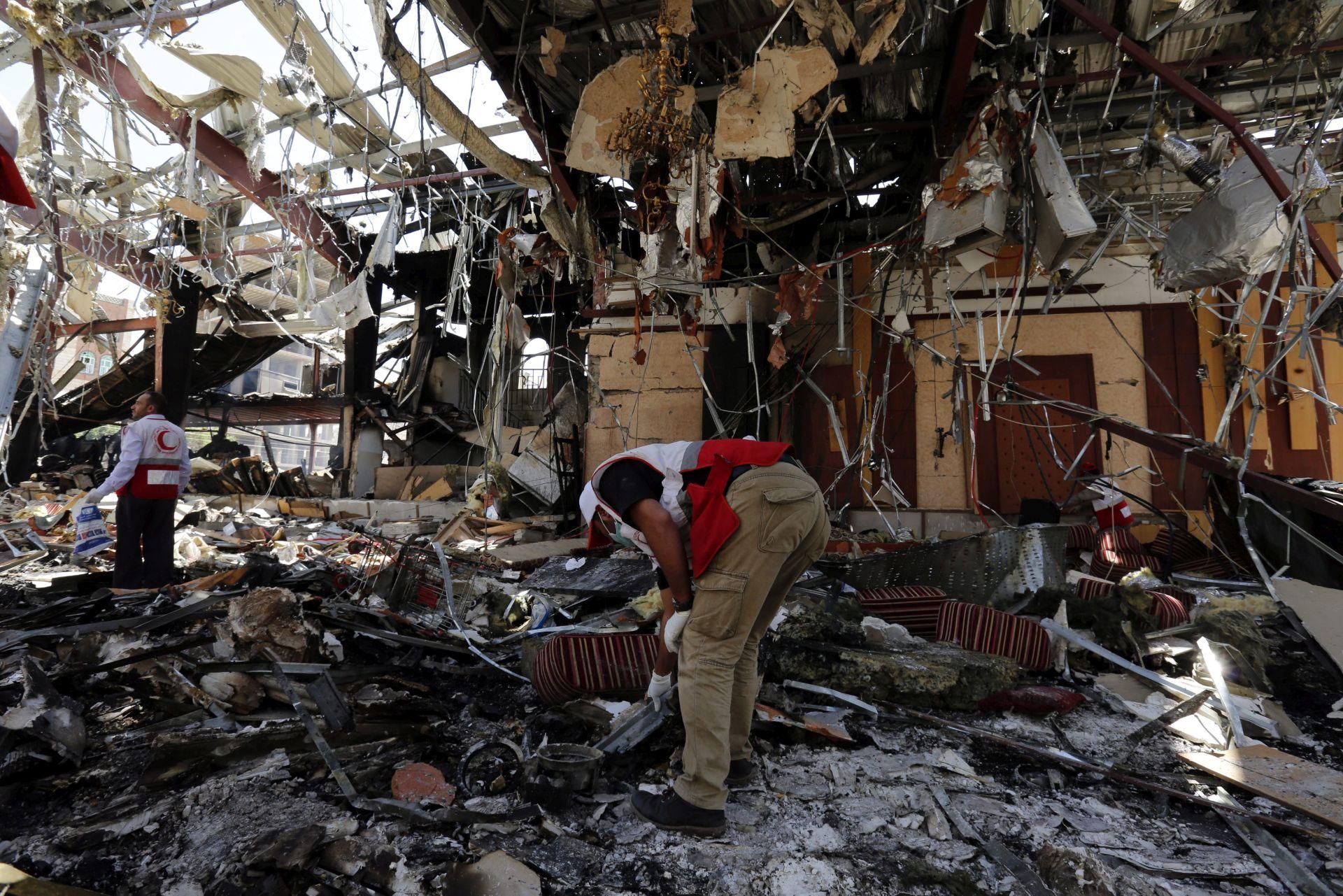 SUKOBI U JEMENU: Nakon isteka primirja nastavljeni zračni udari
