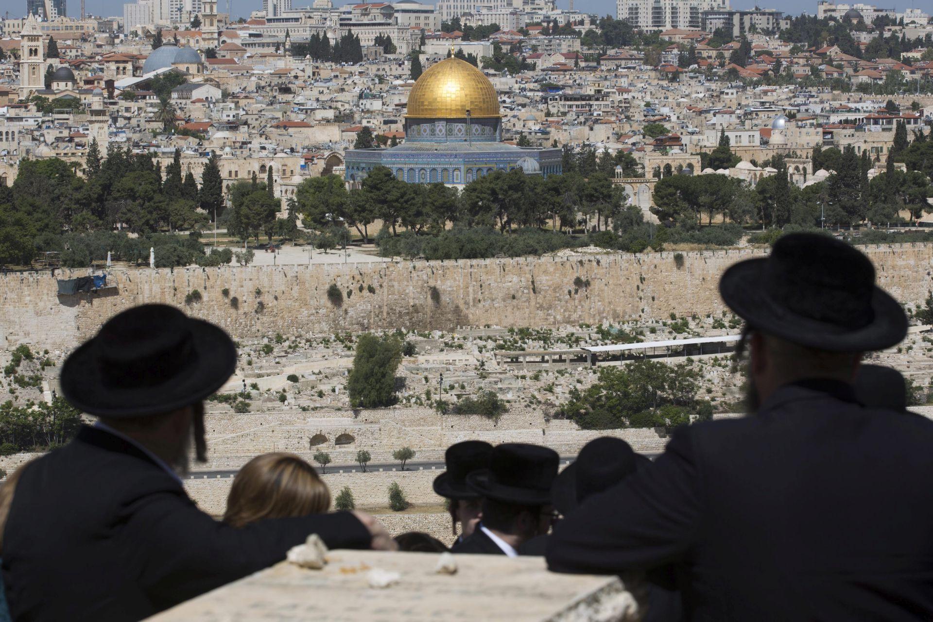 KONTROVERZA Trump proglašava Jeruzalem glavnim gradom Izraela