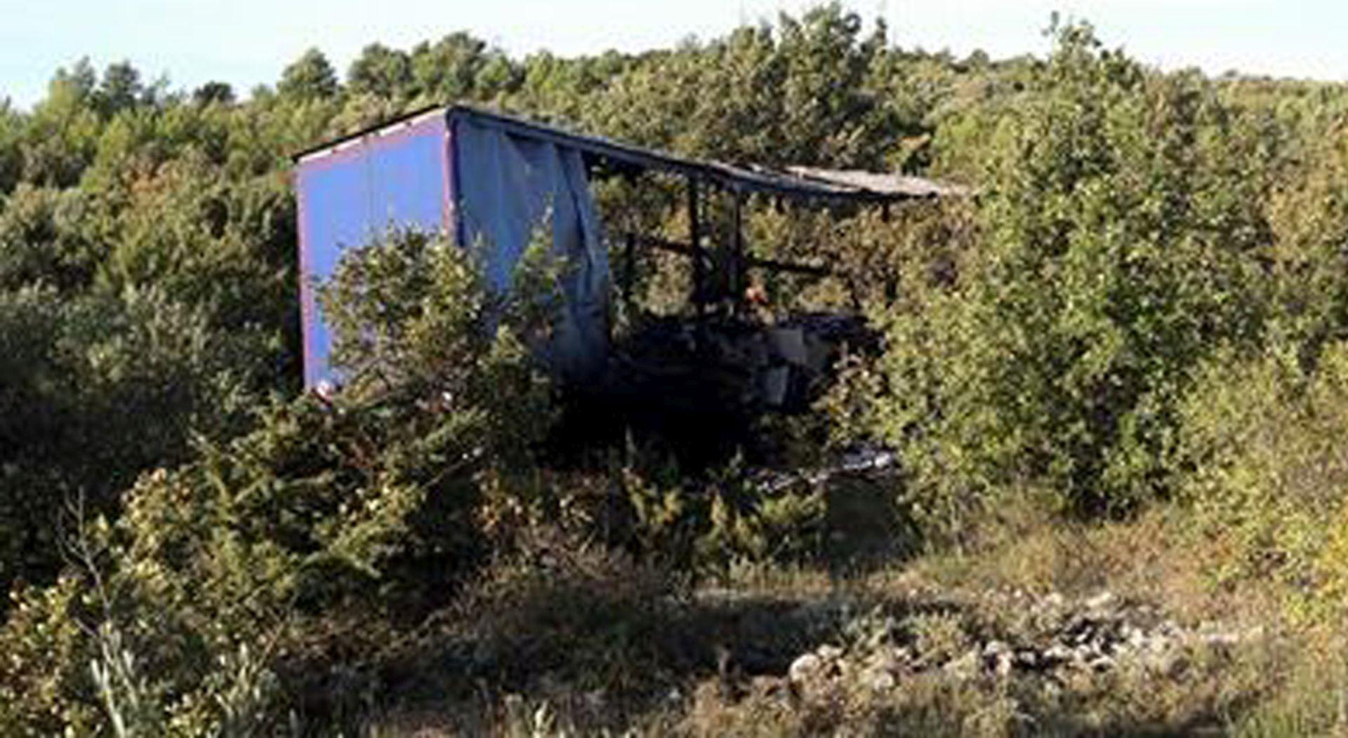 PROMETNA NESREĆA: Kod Kapele pronađeno izgoreno tijelo vozača šlepera