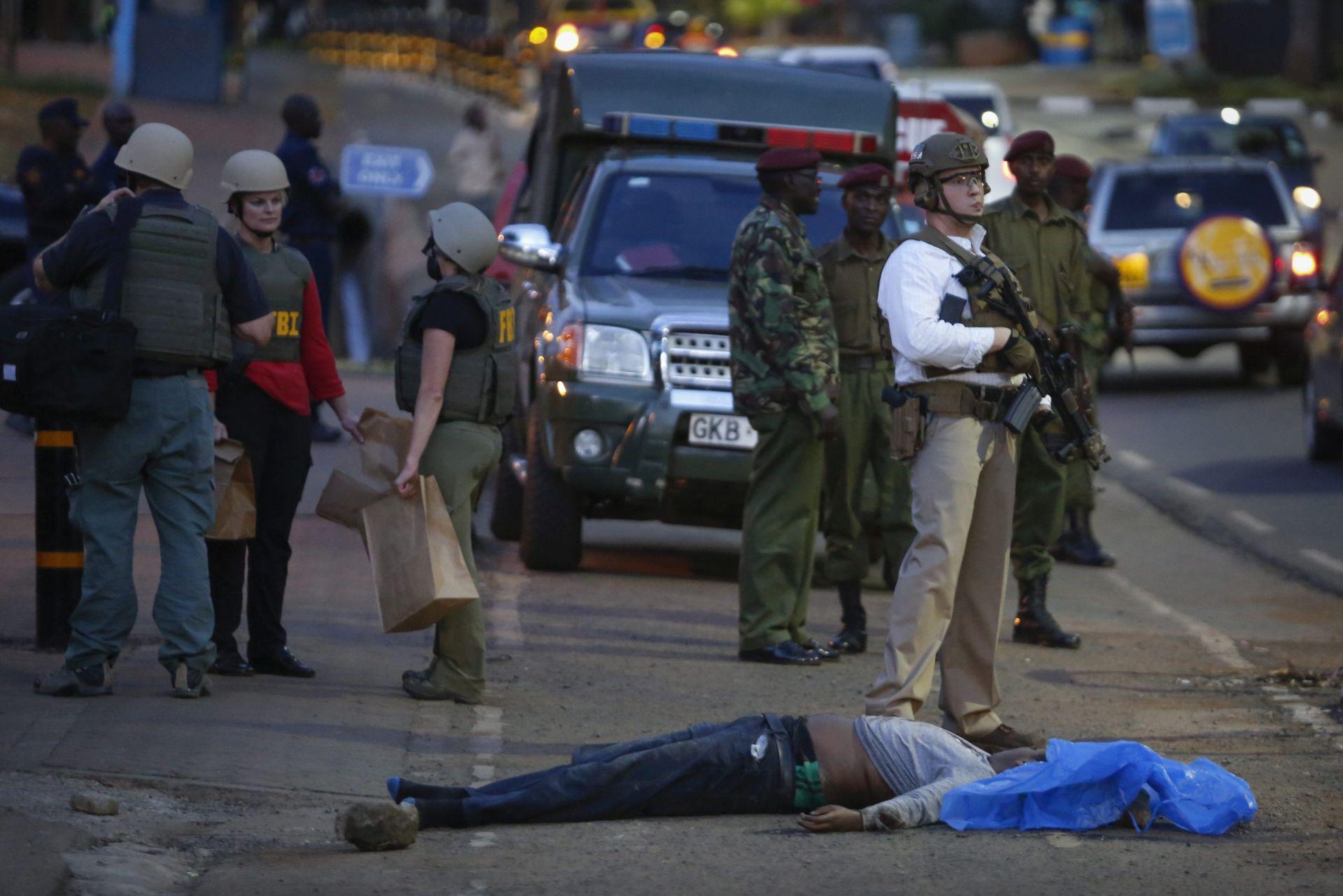 KENIJA Ispred američkog veleposlanstva ubijen muškarac, nožem ranio policajca