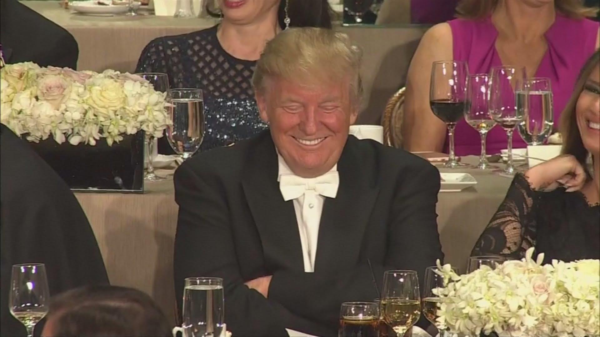 VIDEO:  Hillary Clinton i Donald Trump u dobrom raspoloženju na dobrotvornoj večeri