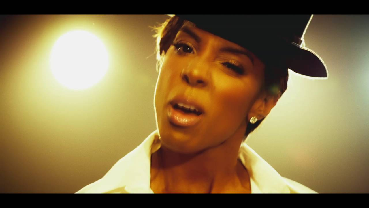 VIDEO: Kelly Rowland izdala single 'Dumb'