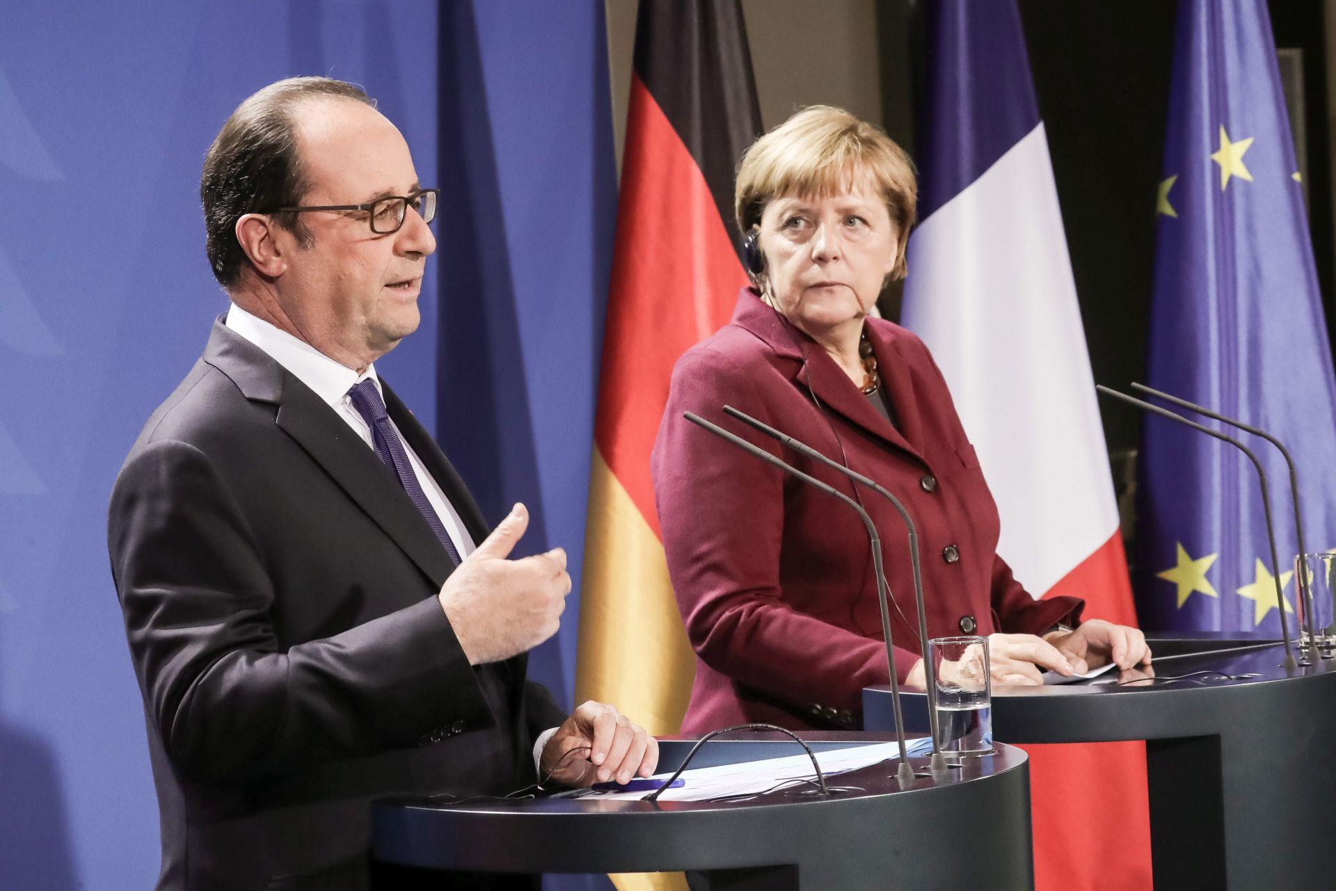 OPSADA ALEPA: Hollande i Merkel ne isključuju sankcije protiv Rusije