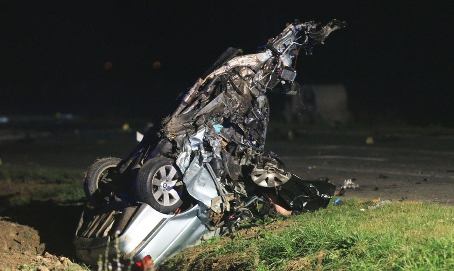 Troje mrtvih u teškoj nesreći na osječkoj obilaznici: Automobili od siline udara odletjeli u kanale