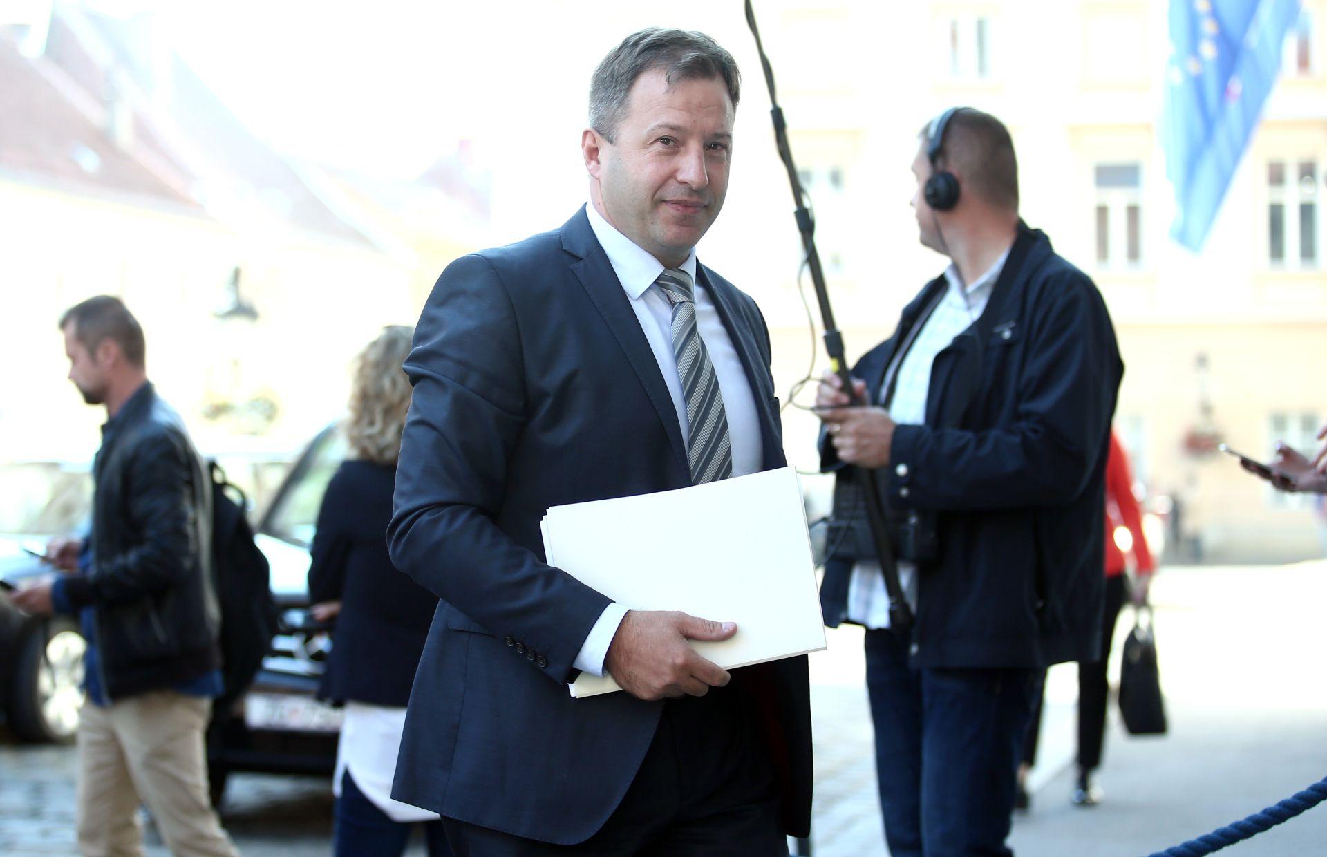 TOMISLAV PANENIĆ: 'Plenković može postati premijer tek kad se usvoji pet jamstava Most-a'
