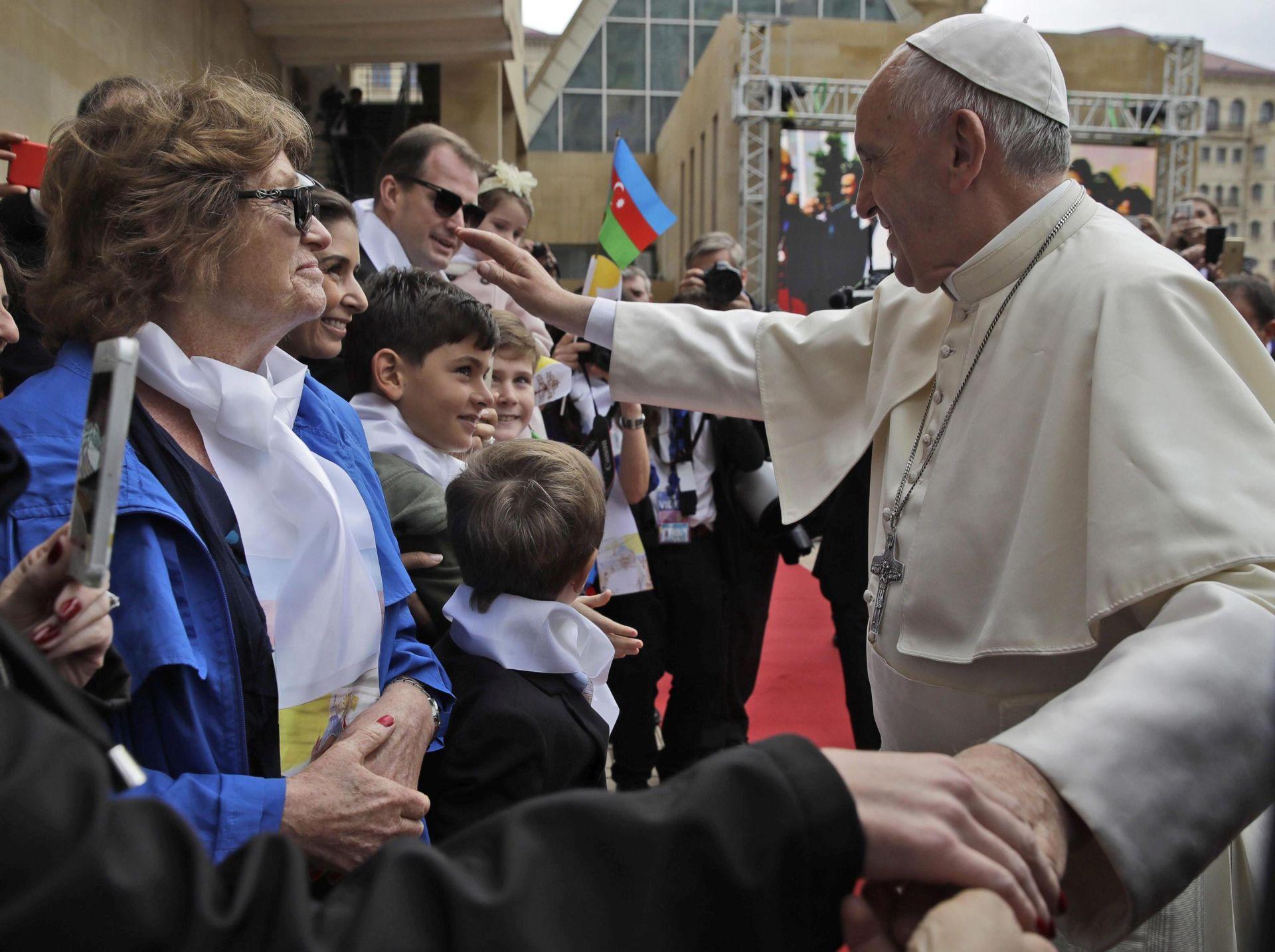 Papa Franjo stigao u Azerbajdžan