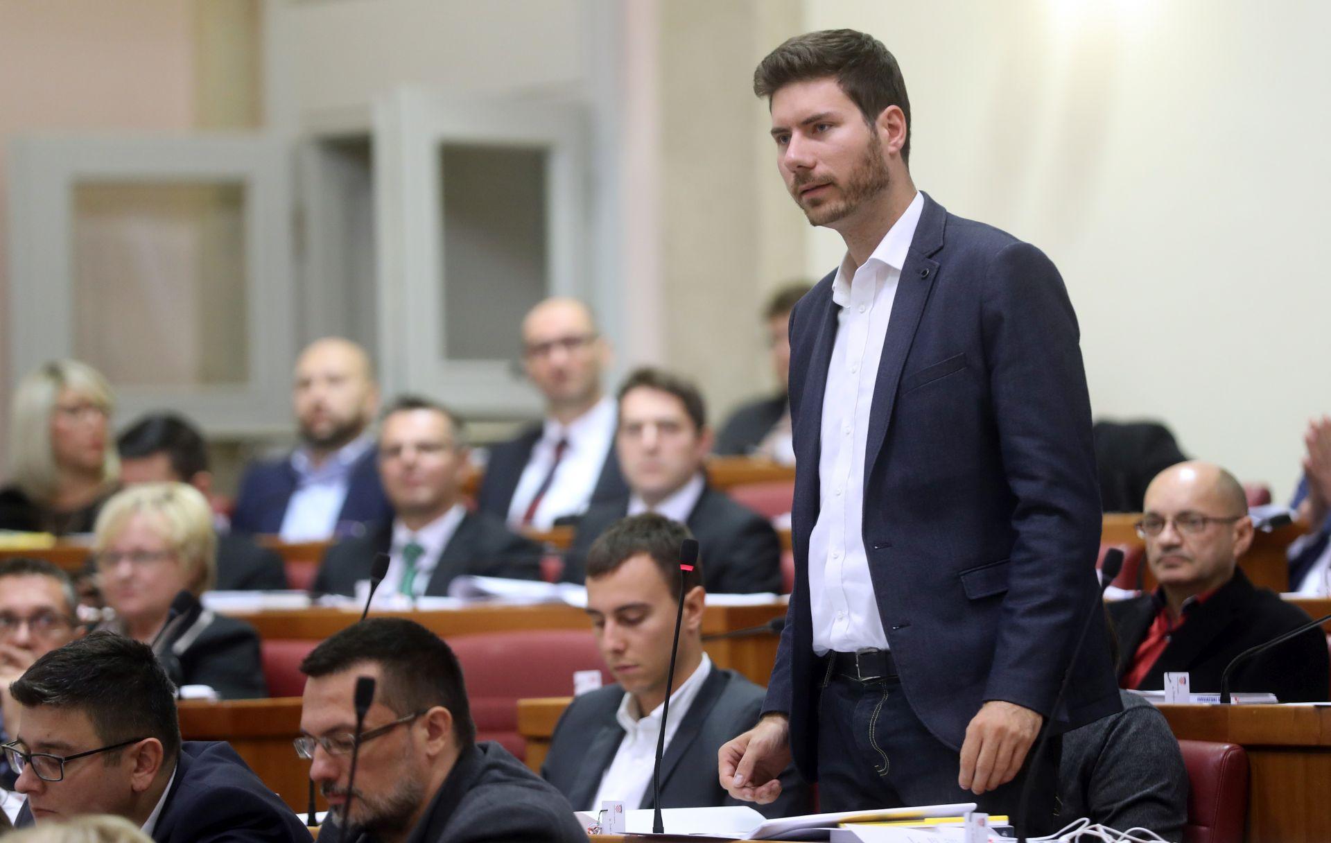 PERNAR: 'Samo Hrvatski sabor ima mandat da vojnike šalje izvan granica'