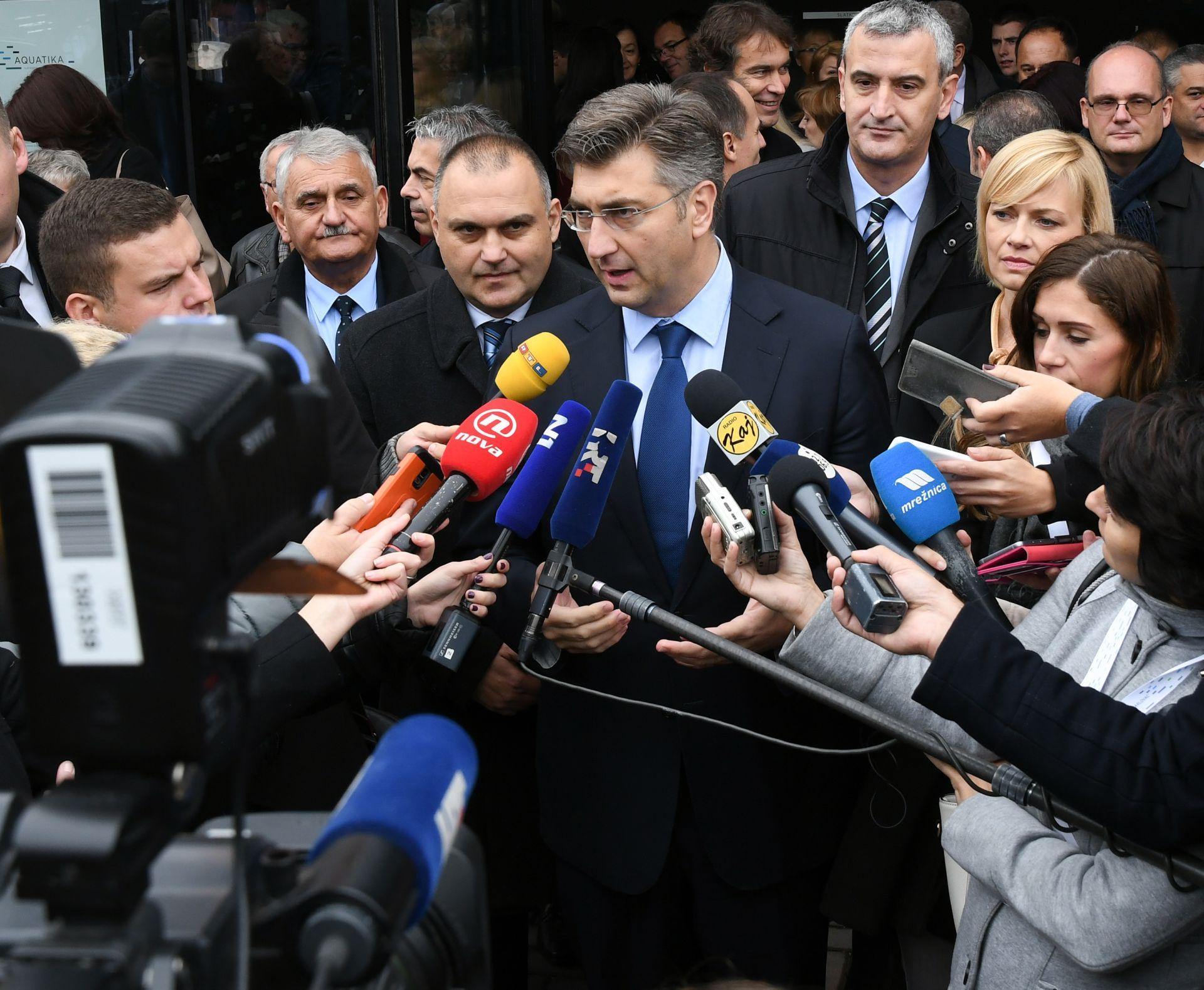 PLENKOVIĆ: Trenutno nema razloga za postavljanje ograda na hrvatskim granicama
