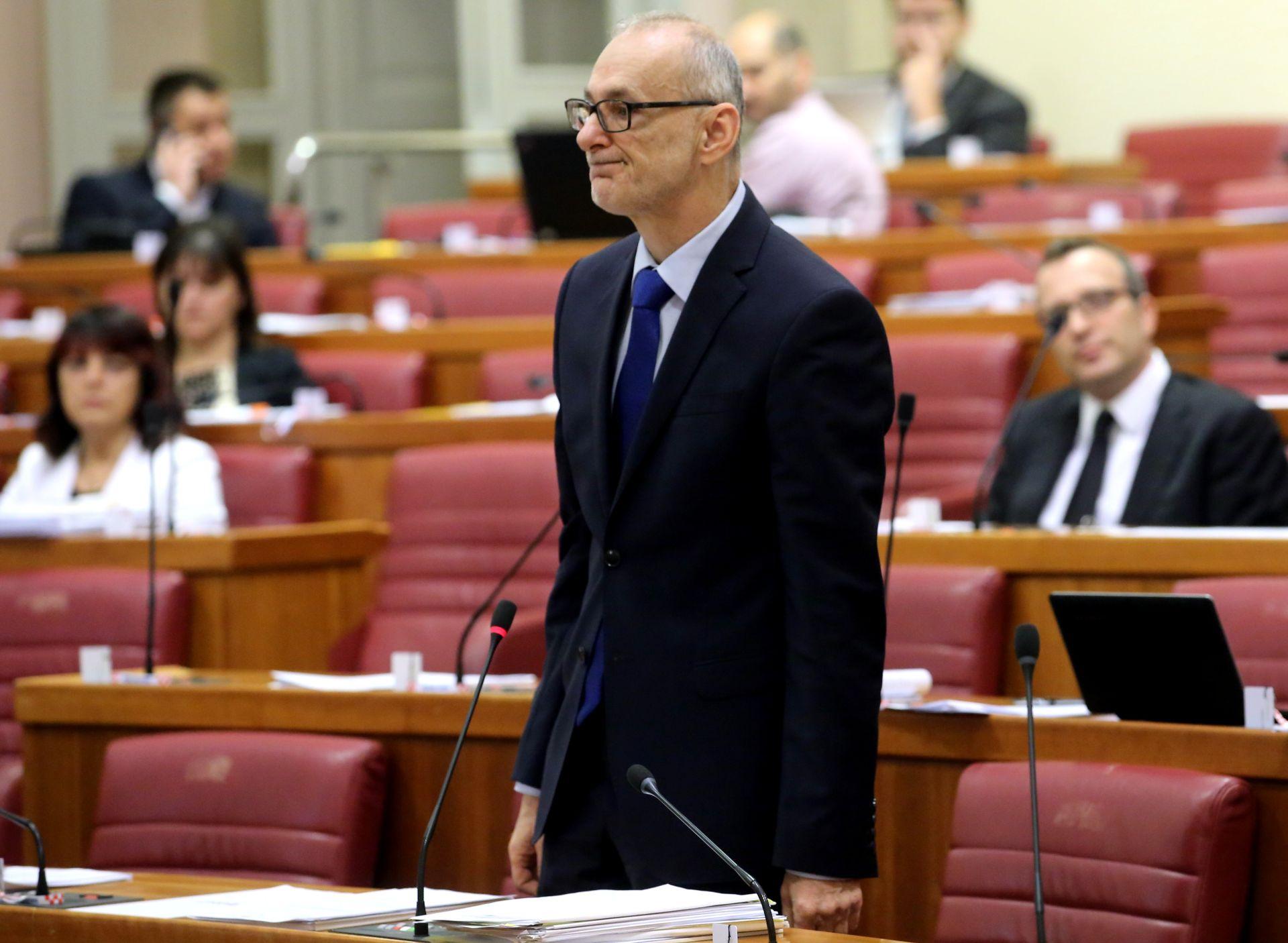SABOR: Robert Podolnjak na čelu Odbora za Ustav
