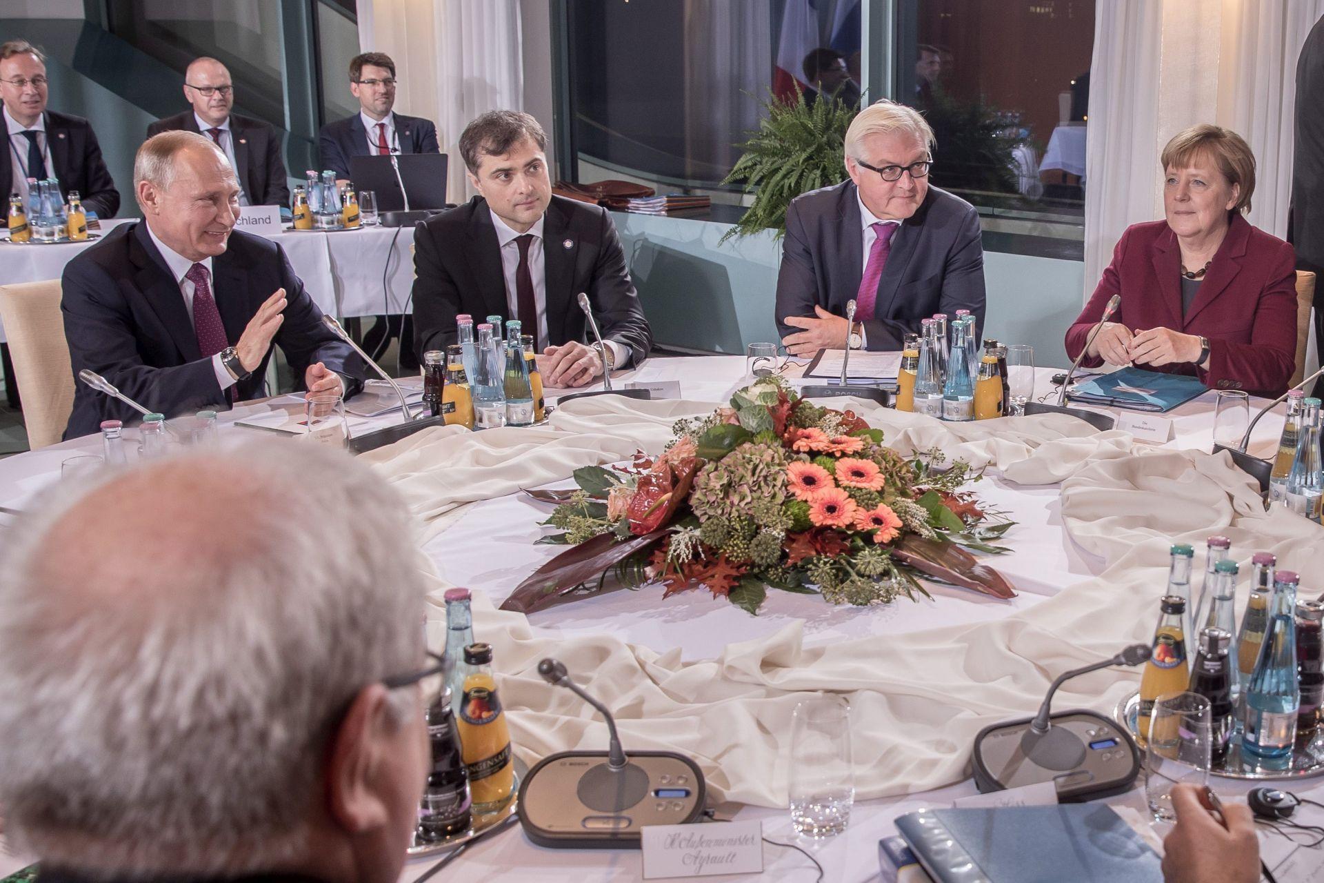 POROŠENKO: Ukrajina, Njemačka, Francuska i Rusija suglasile su se oko mirovnog sporazuma
