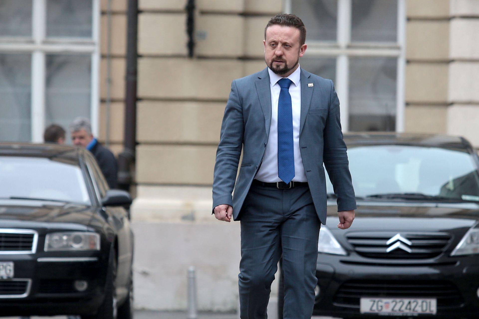 IVAN TEPEŠ: 'Istina je da sam odustao od Europskog parlamenta, o tome sam izvijestio HSP AS još u petak'