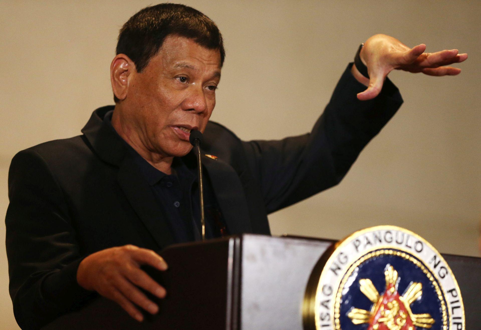 """FILIPINSKI PREDSJEDNIK: SAD su """"budale"""" i """"majmuni"""" ako nam ne prodaju oružje"""