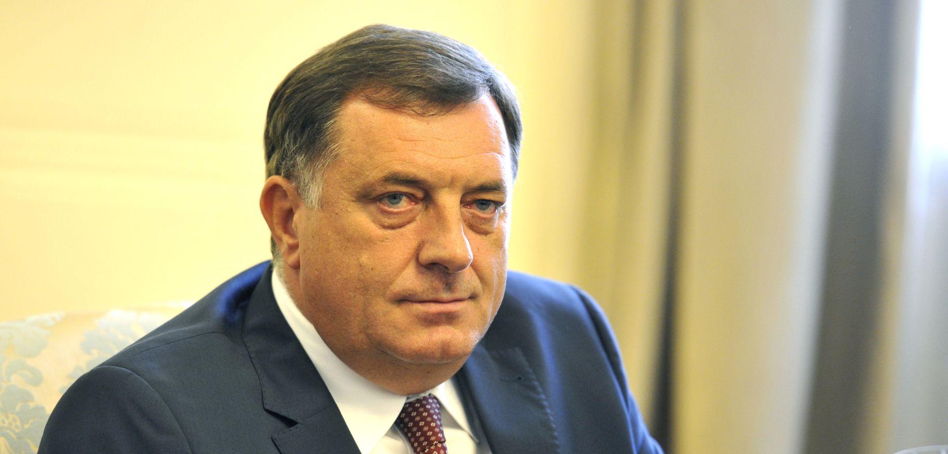 DODIK Izetbegović je Srbin koji bježi od svog podrijetla