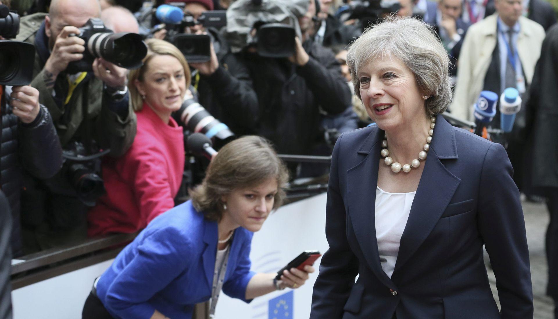 May: Parlament mora prihvatiti da je izglasavanje Brexita bilo legitimno
