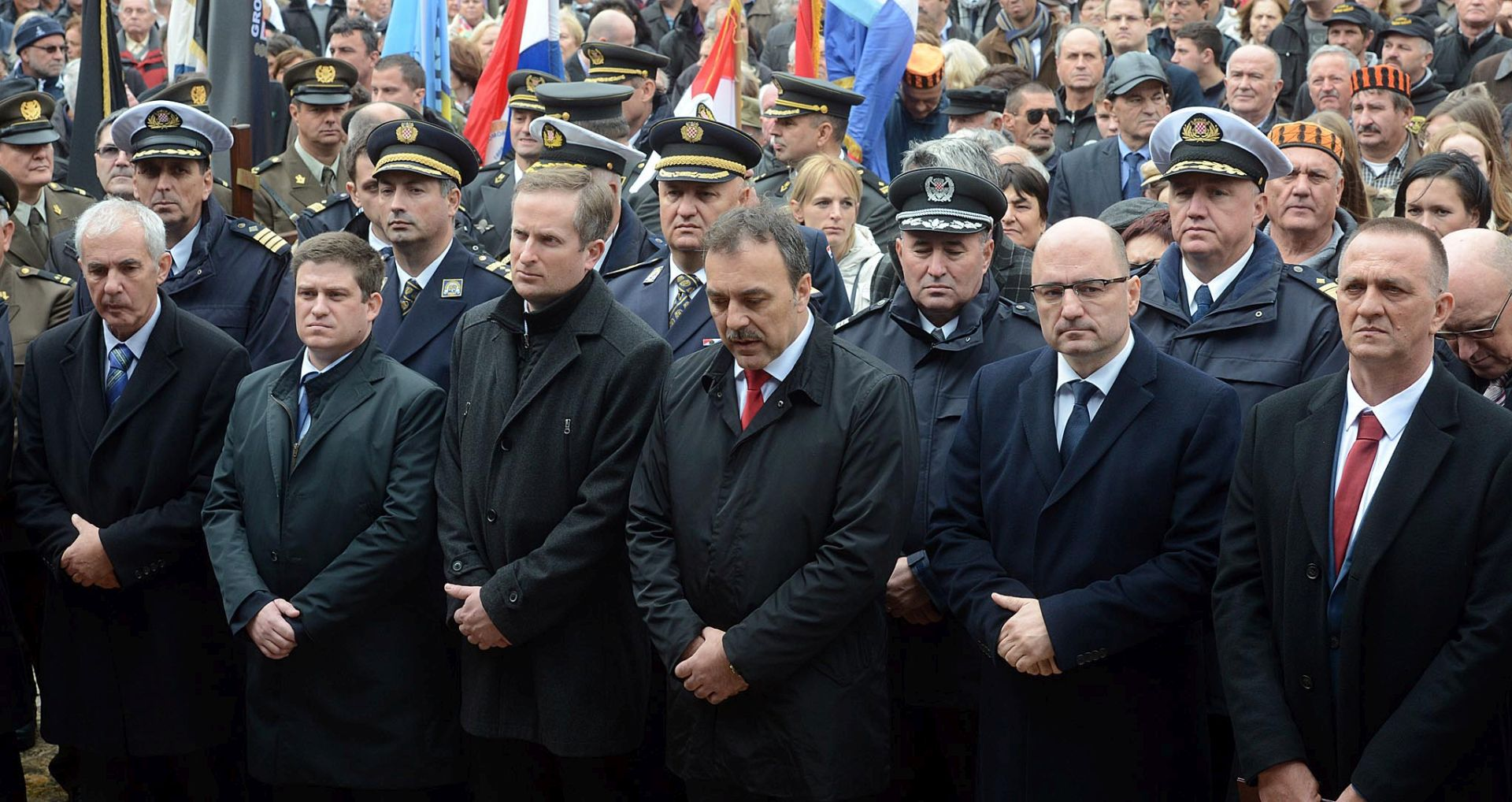 ŠKABRNJA – MINISTAR ŠPRLJE Treba ustrajati na tome da se zločinci kazne