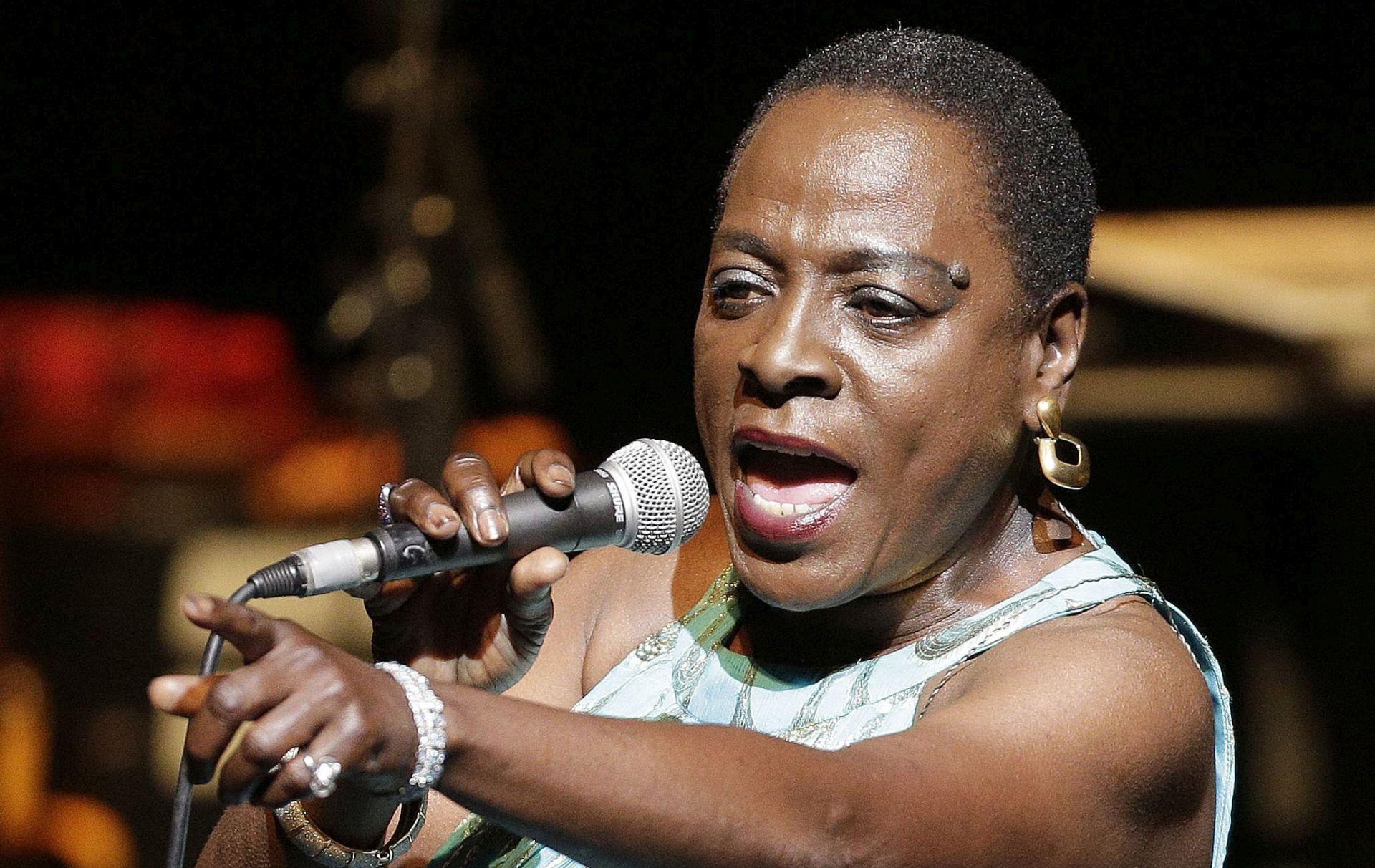 VIDEO: Preminula soul pjevačica Sharon Jones