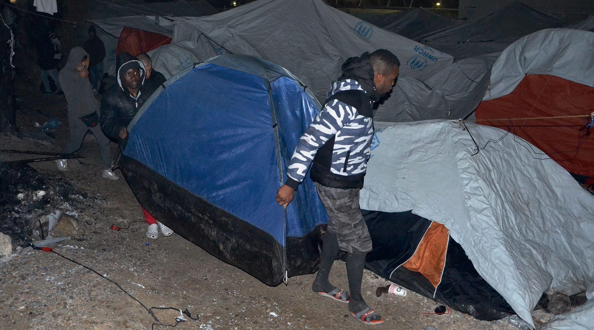 LIJEČNICI BEZ GRANICA Europa 'sramotno i kukavički' odgovara na izbjeglice